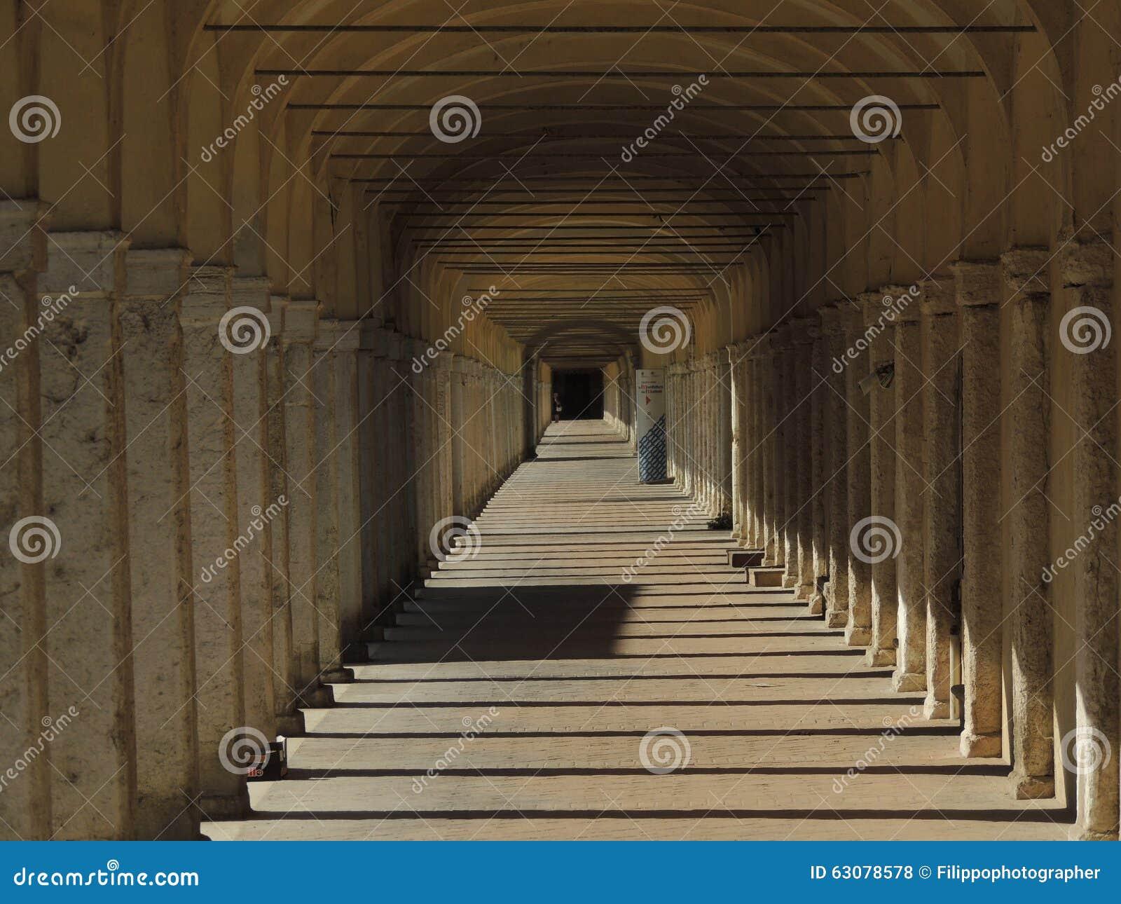 Download Comacchio photo stock. Image du fléau, italie, monument - 63078578