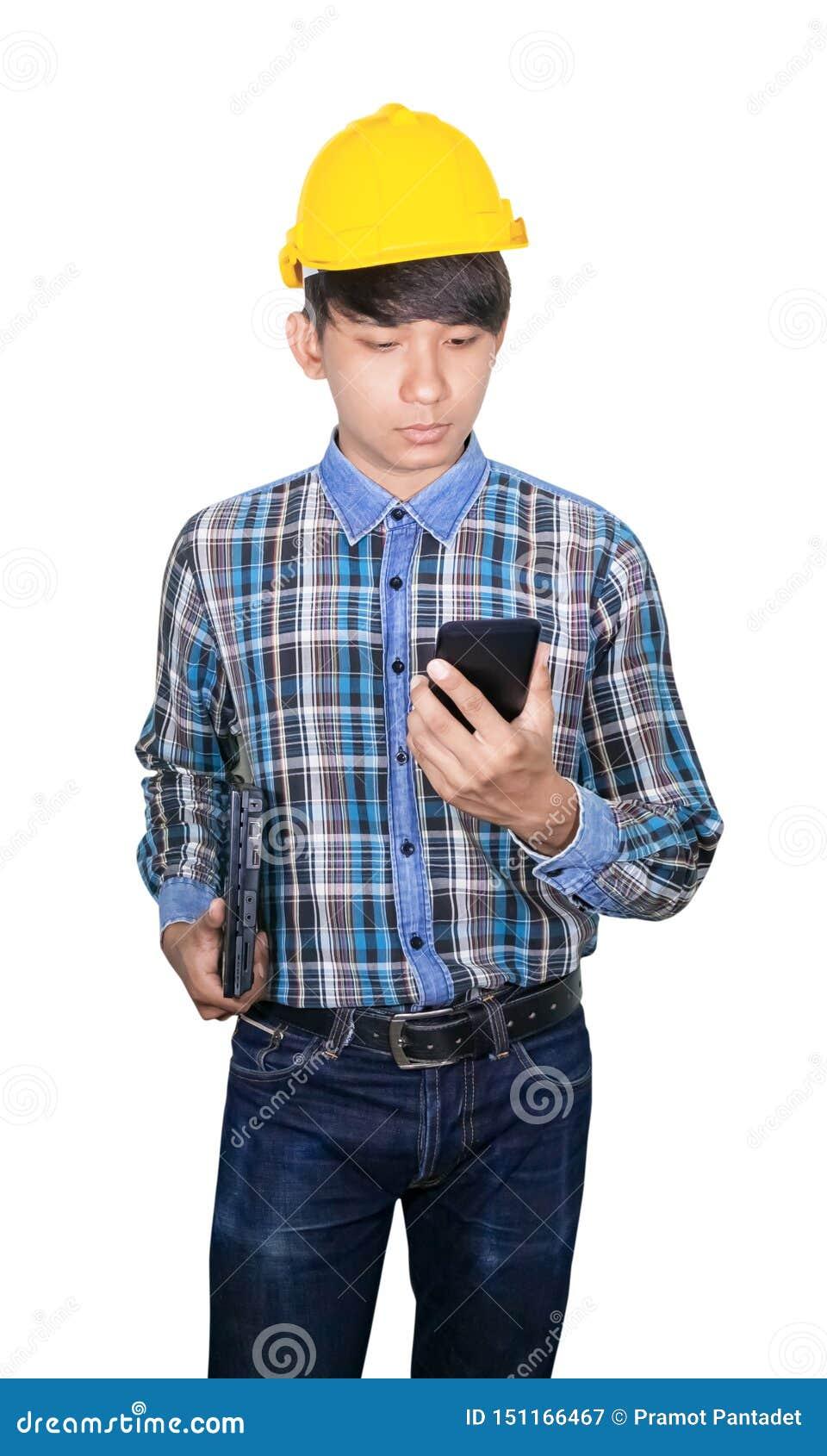 Comando do coordenador do homem de negócios com rede do telefone celular 5g, Internet móvel de alta velocidade e laptop da posse