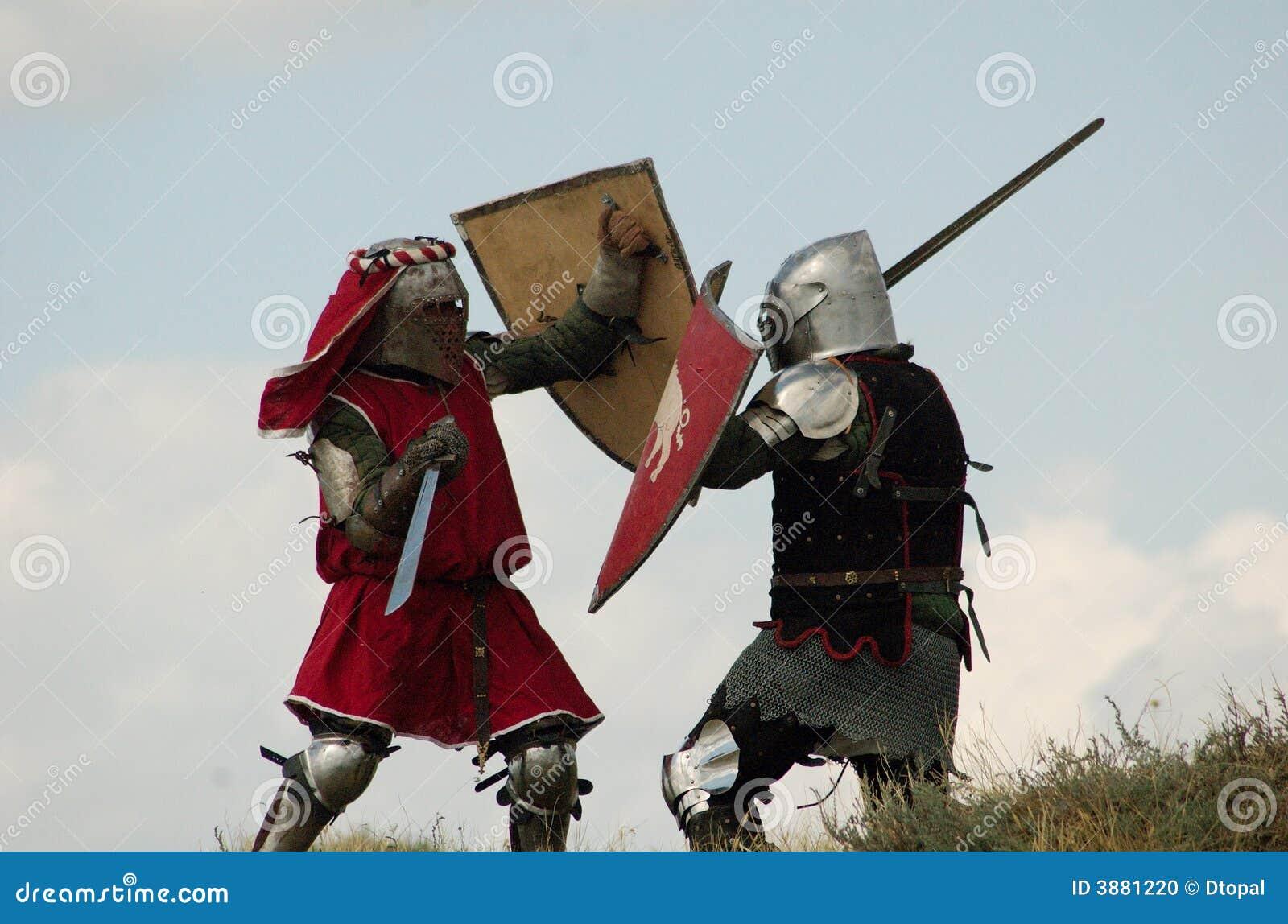 Combattimento europeo medioevale dei cavalieri