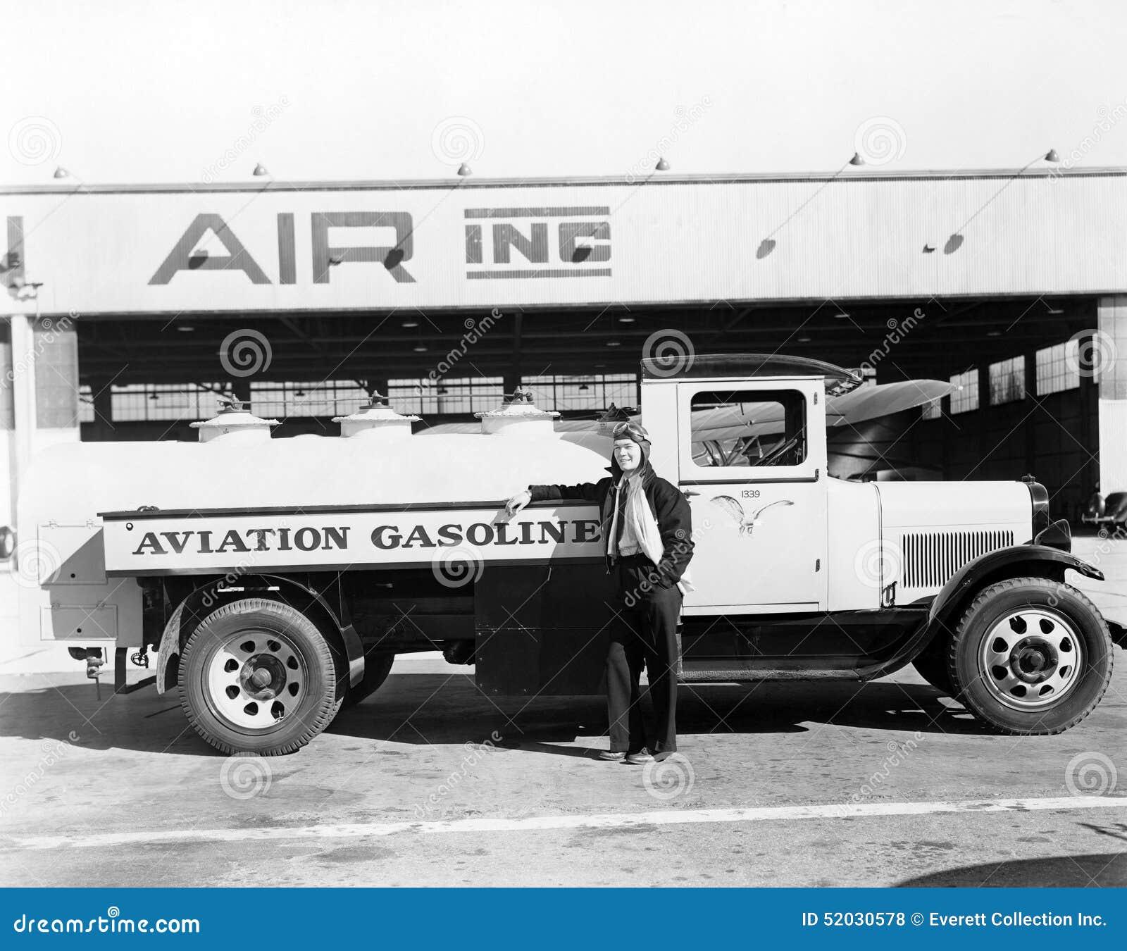 Combustibile di volo (tutte le persone rappresentate non sono vivente più lungo e nessuna proprietà esiste Garanzie del fornitore