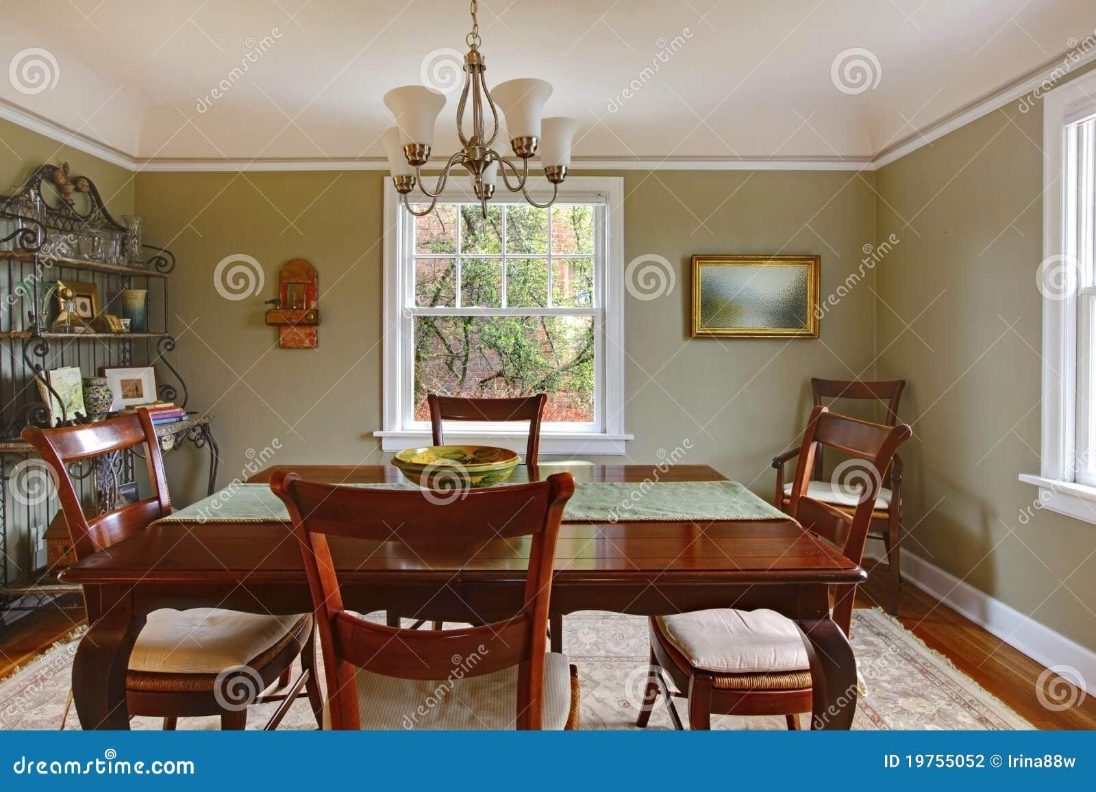 Comedor Verde Con Los Muebles De Caoba Foto De Archivo Imagen De  # Muebles De Caoba