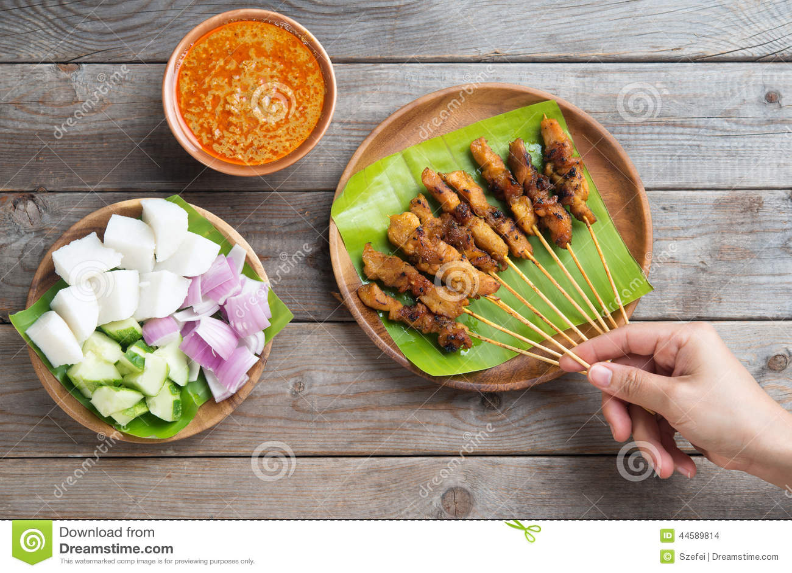 Comer dos povos satay