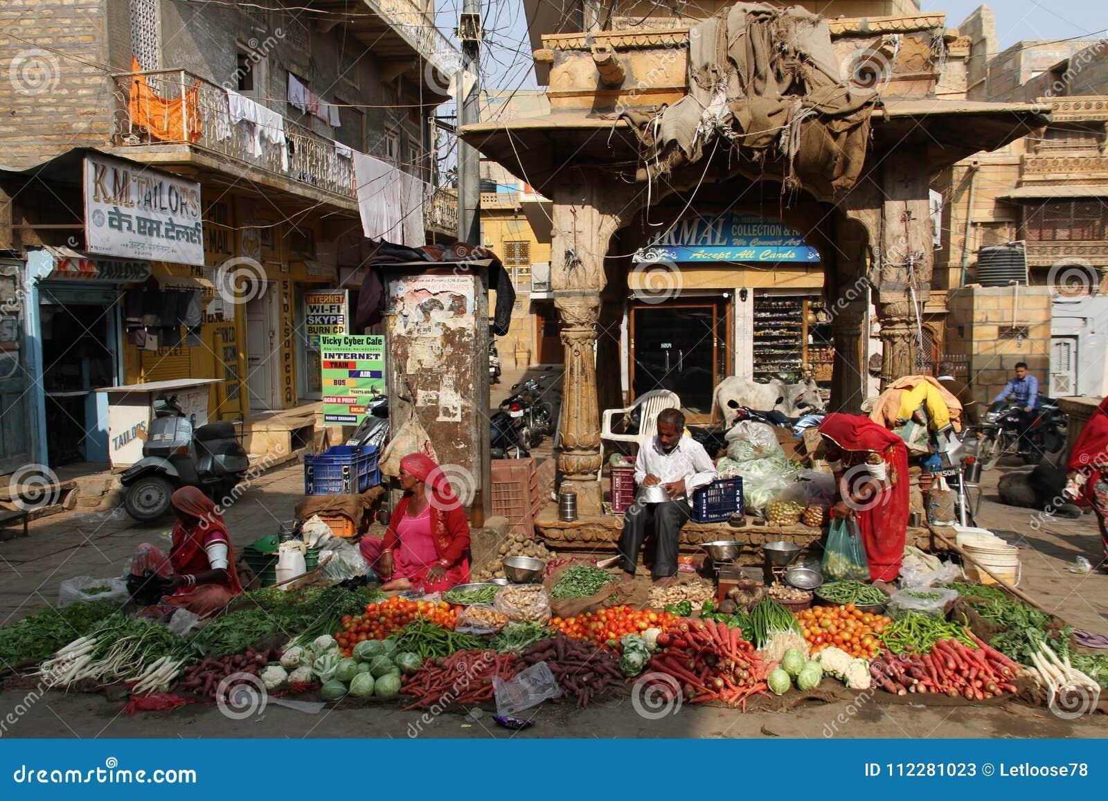 Comercialice la escena en Jaisalmer, Rajasthán, la India