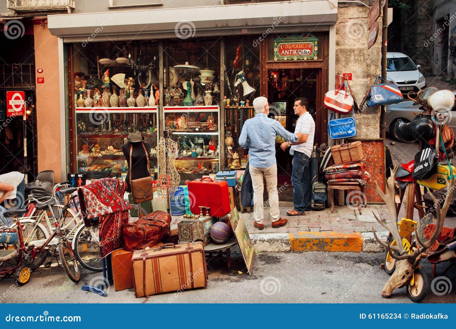 Comerciantes del personal del vintage que se encuentran for Muebles vintage outlet