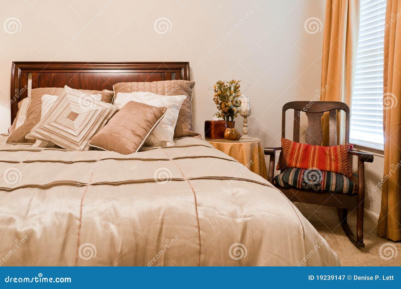Comfortabele Slaapkamer Royalty-vrije Stock Fotografie ...