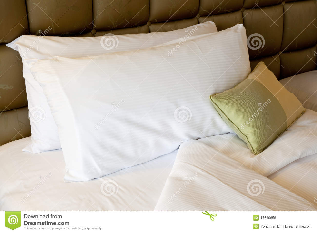 Comfortable Bed Royalty Free Stock Photos Image 17660658