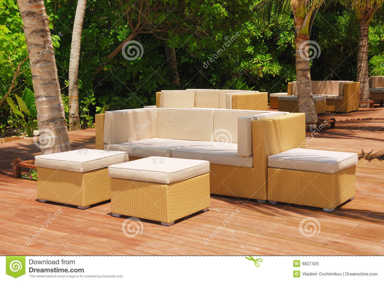 Comfortable outdoor furniture style for Comfortable lawn furniture