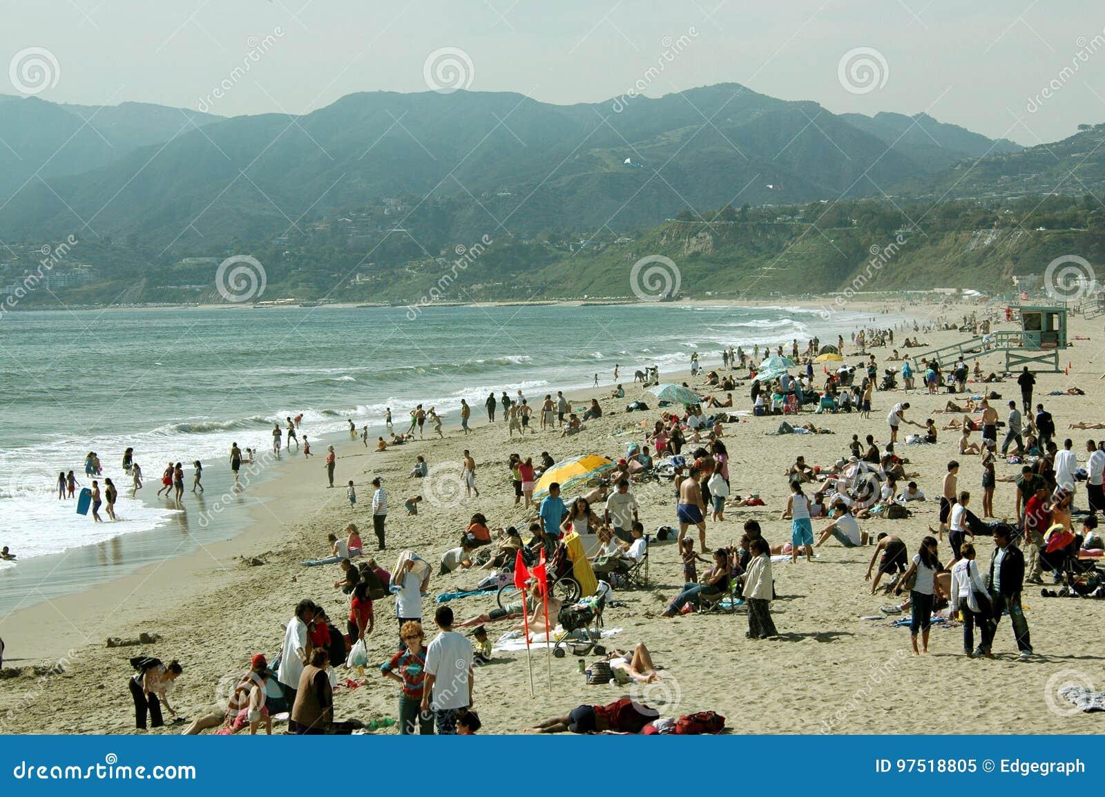 Comida campestre en la playa, Santa Monica Beach, California, los E.E.U.U.