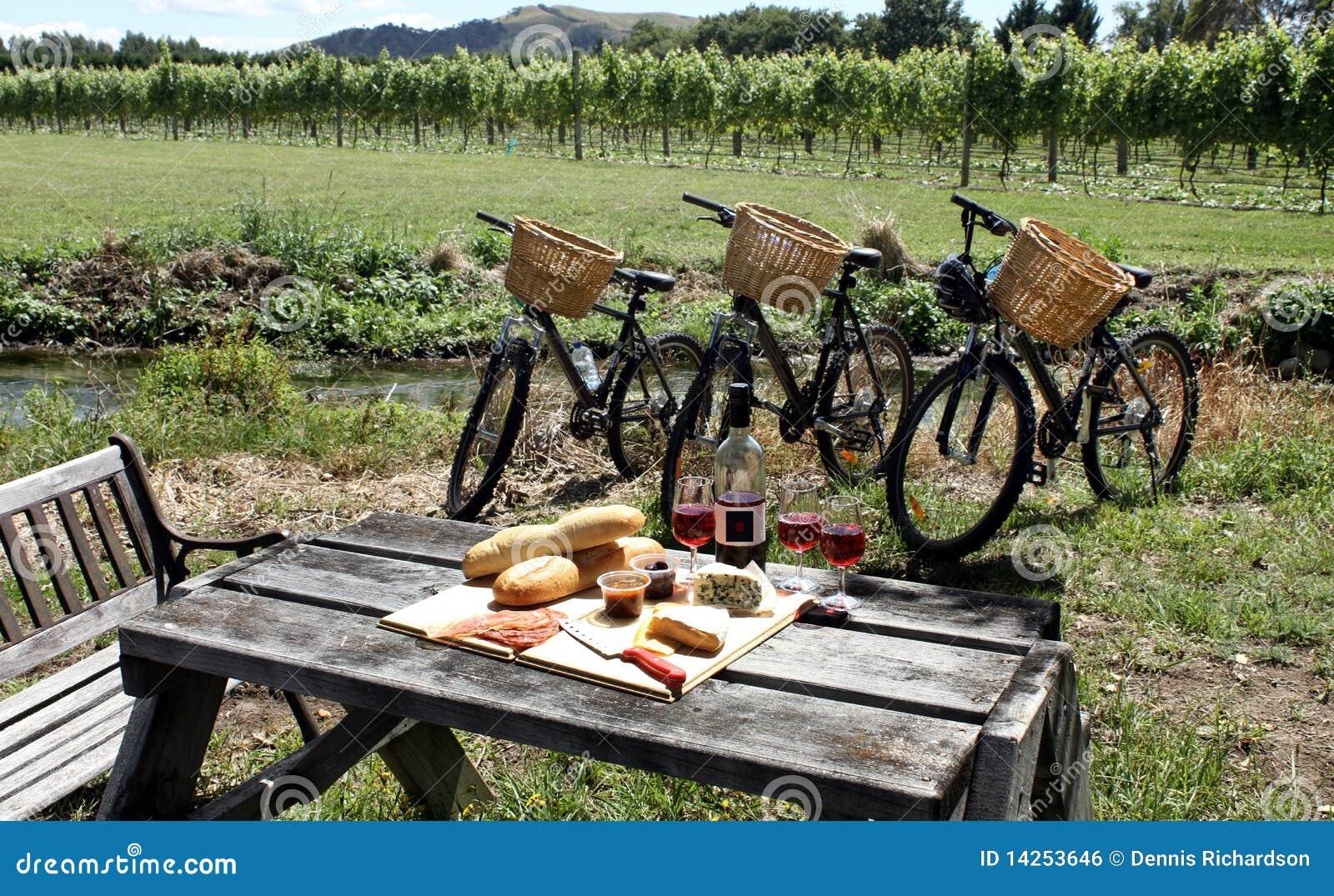 Comida campestre en un viñedo, Nueva Zelandia