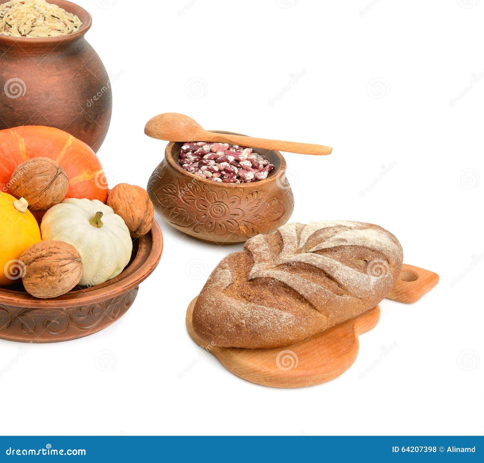 Comida en un pote de cerámica