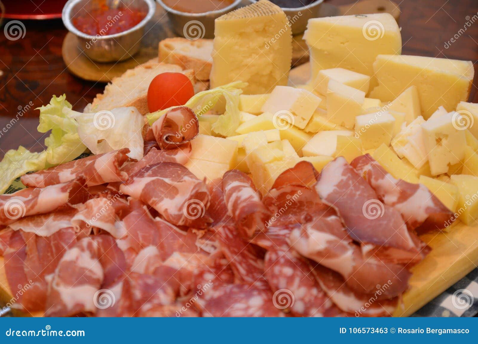 Comida Italiana Toscana Del Jamón De Chese Imagen De Archivo Imagen De Estilo Italiano 106573463