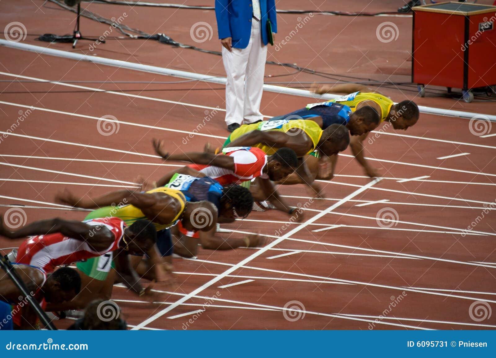 Comienzo del mens sprint de 100 contadores