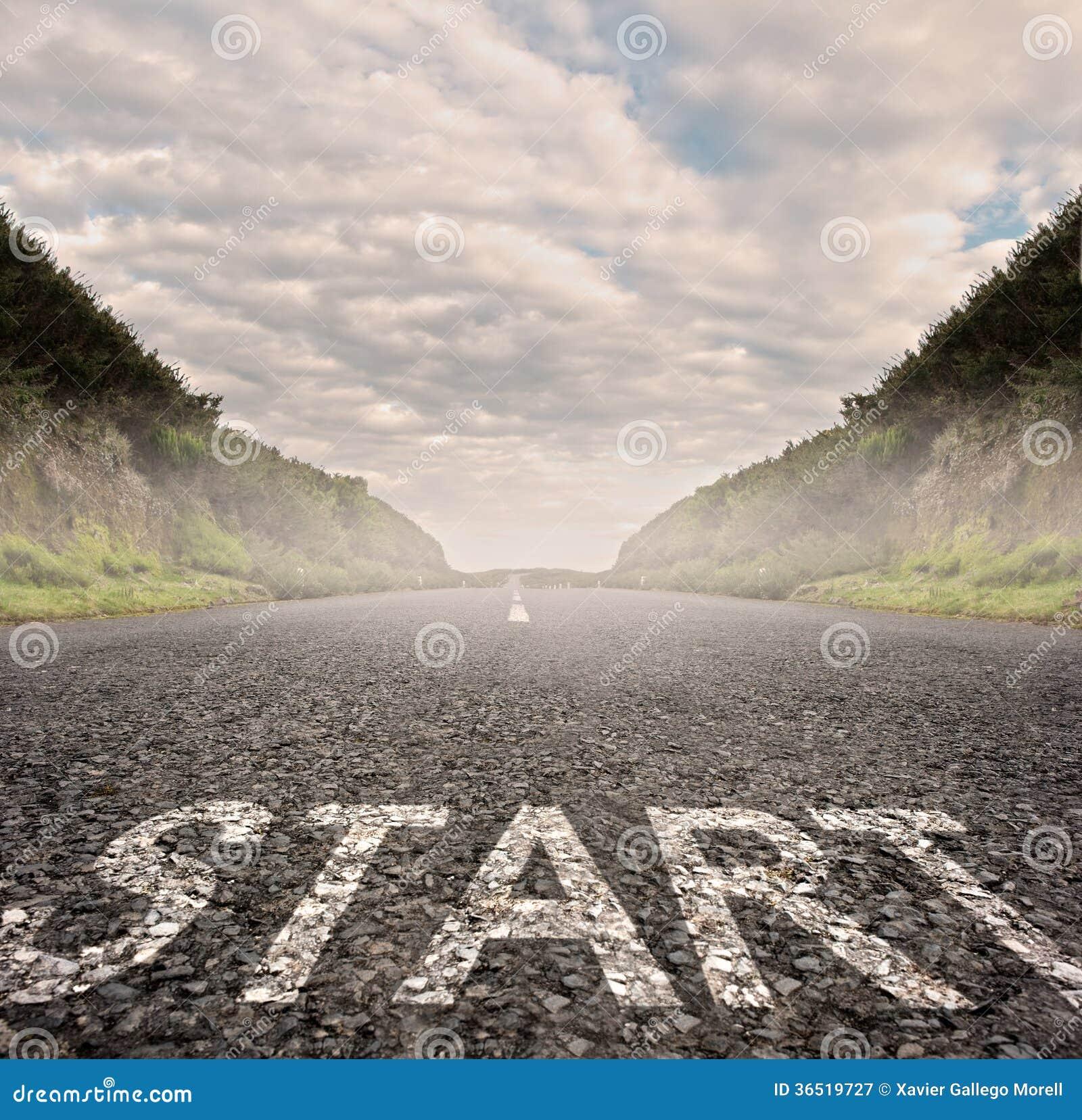 Commencez peint sur l asphalte