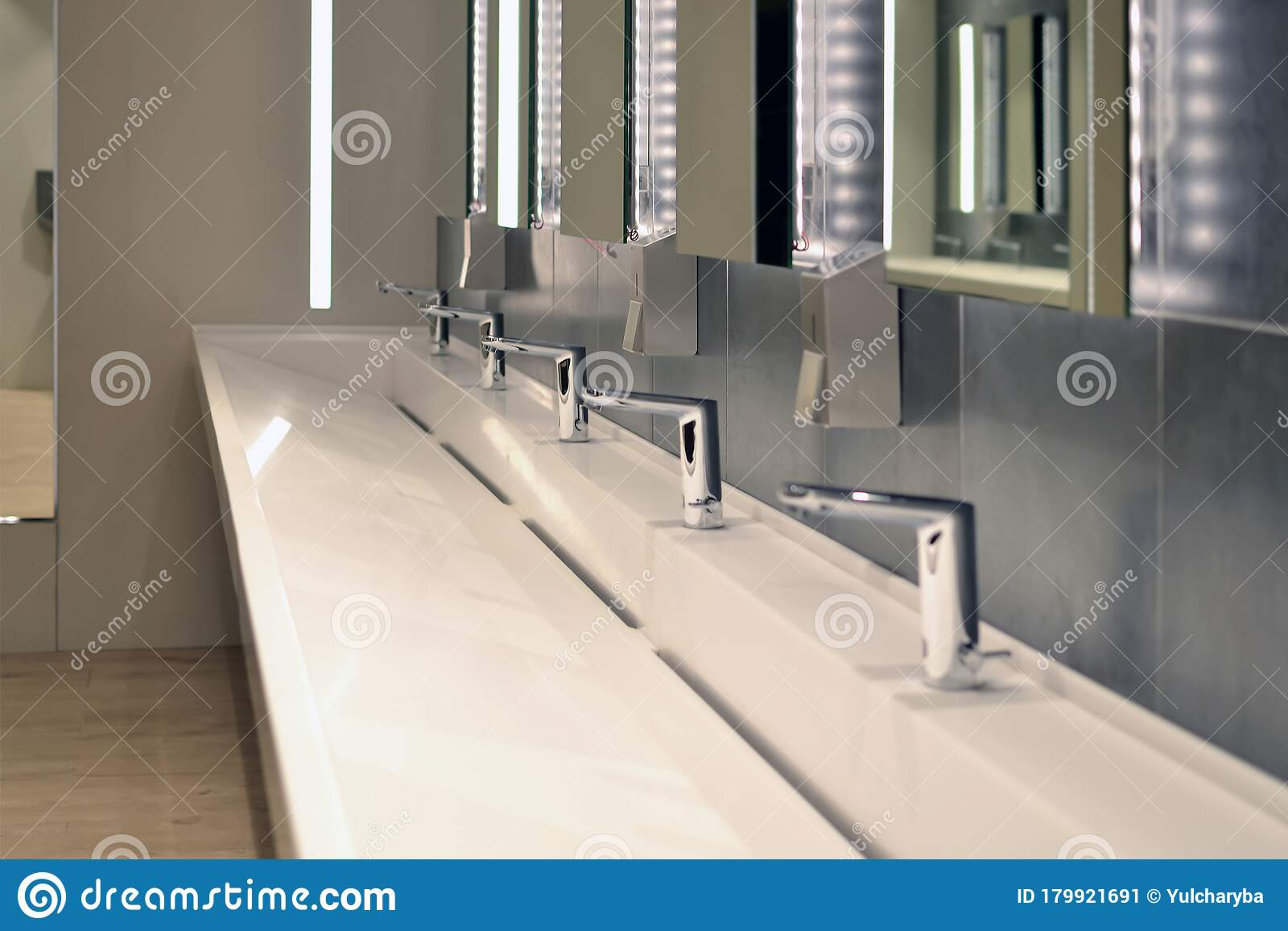 561 Commercial Washroom Photos Free Royalty Free Stock Photos From Dreamstime