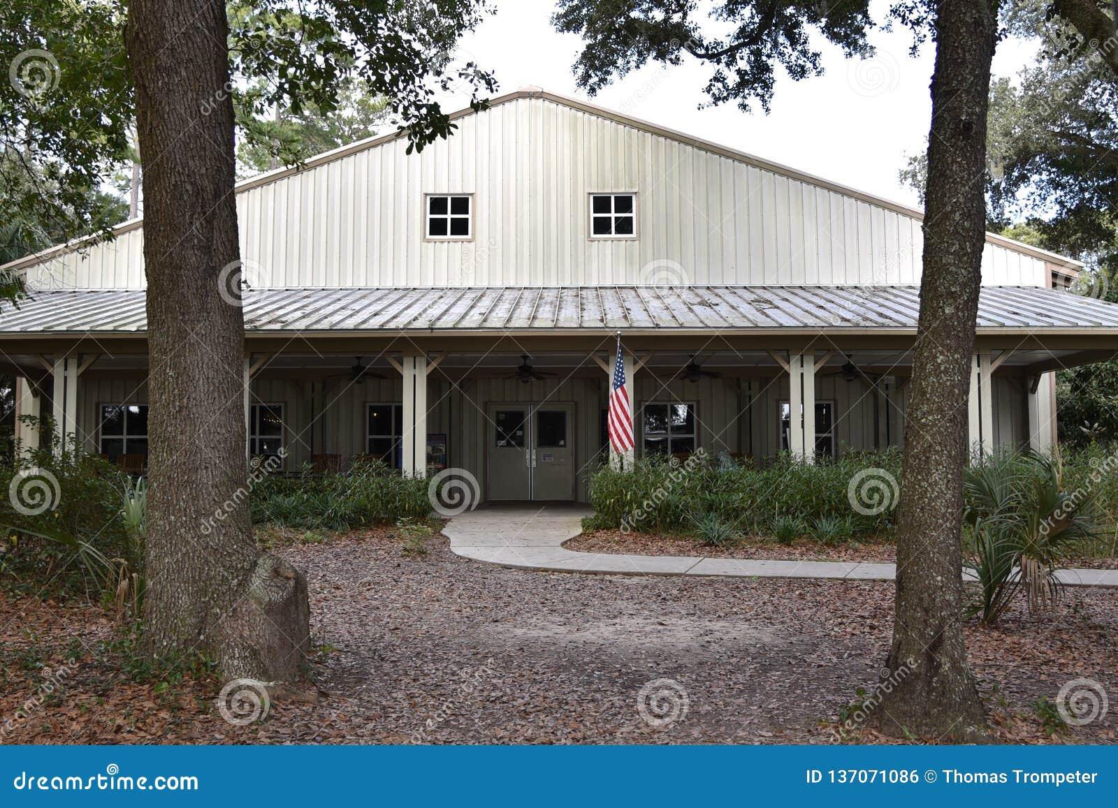 The Main Building At The Charleston Tea Plantation Stock ...
