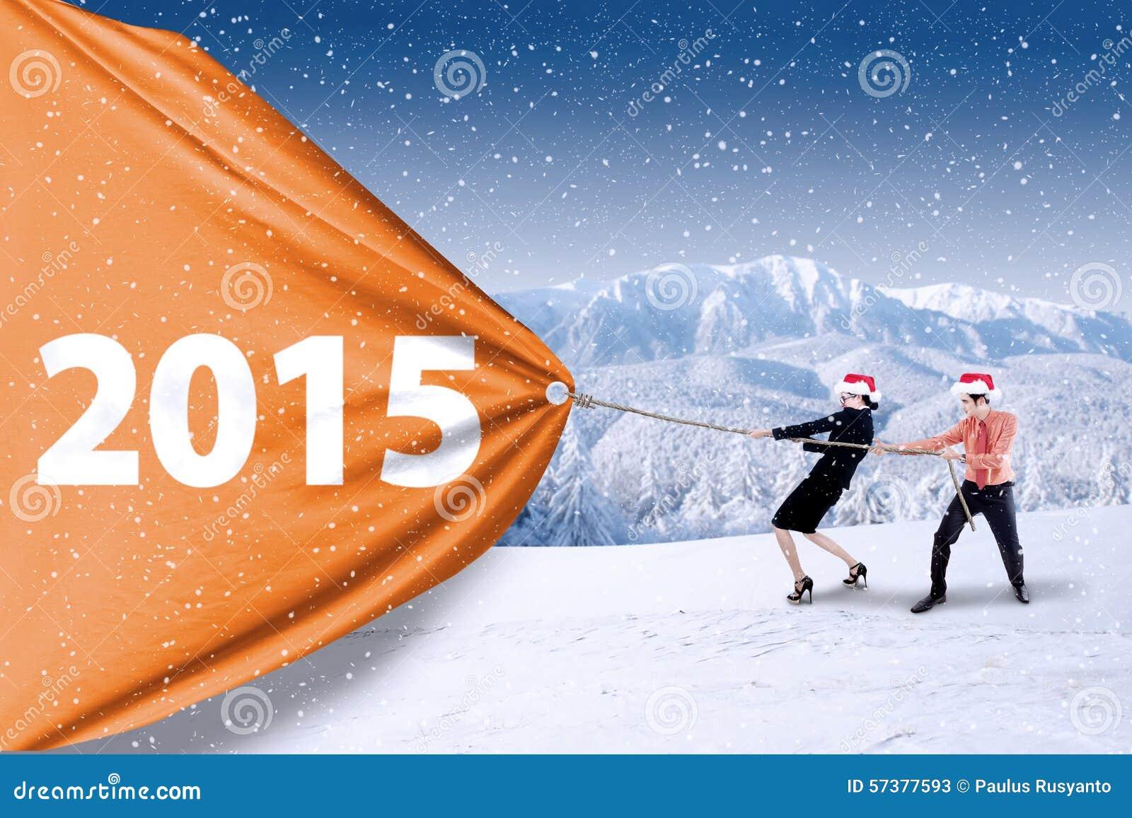 Commercieel team die aantal van 2015 trekken