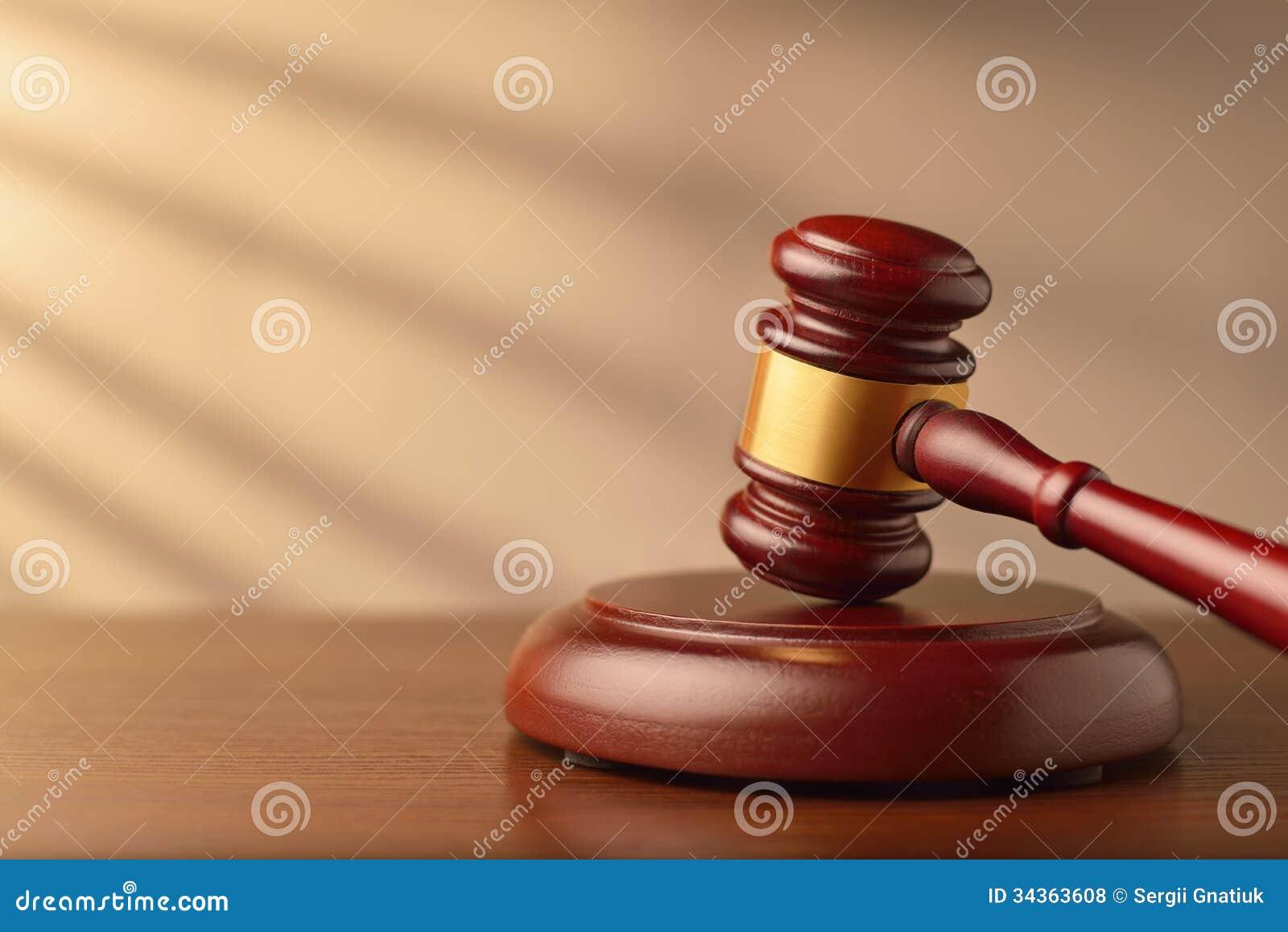 Commissaire-priseur ou marteau en bois de juges