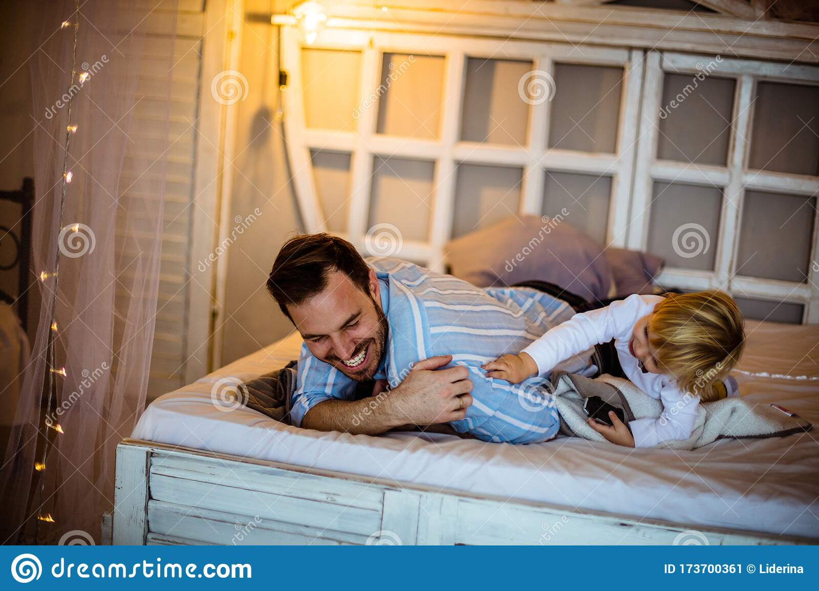 Common Play With Me Dad Stock Image Image Of Father 173700361