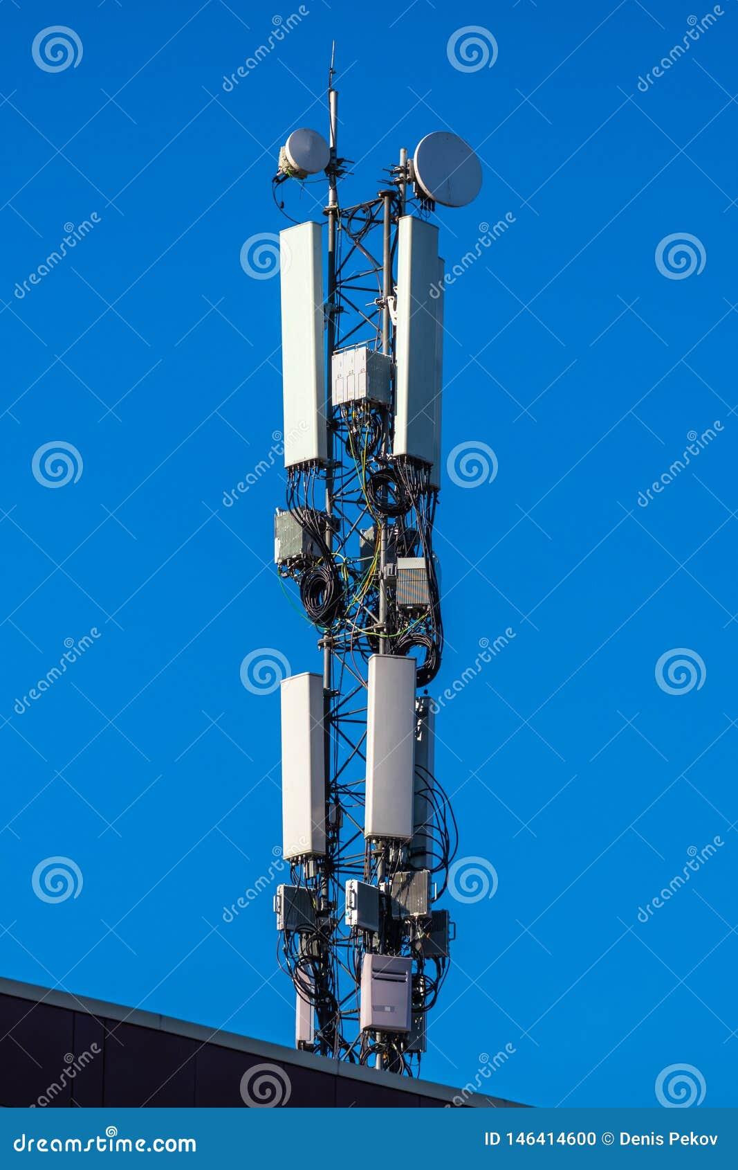 communication antenna against sky