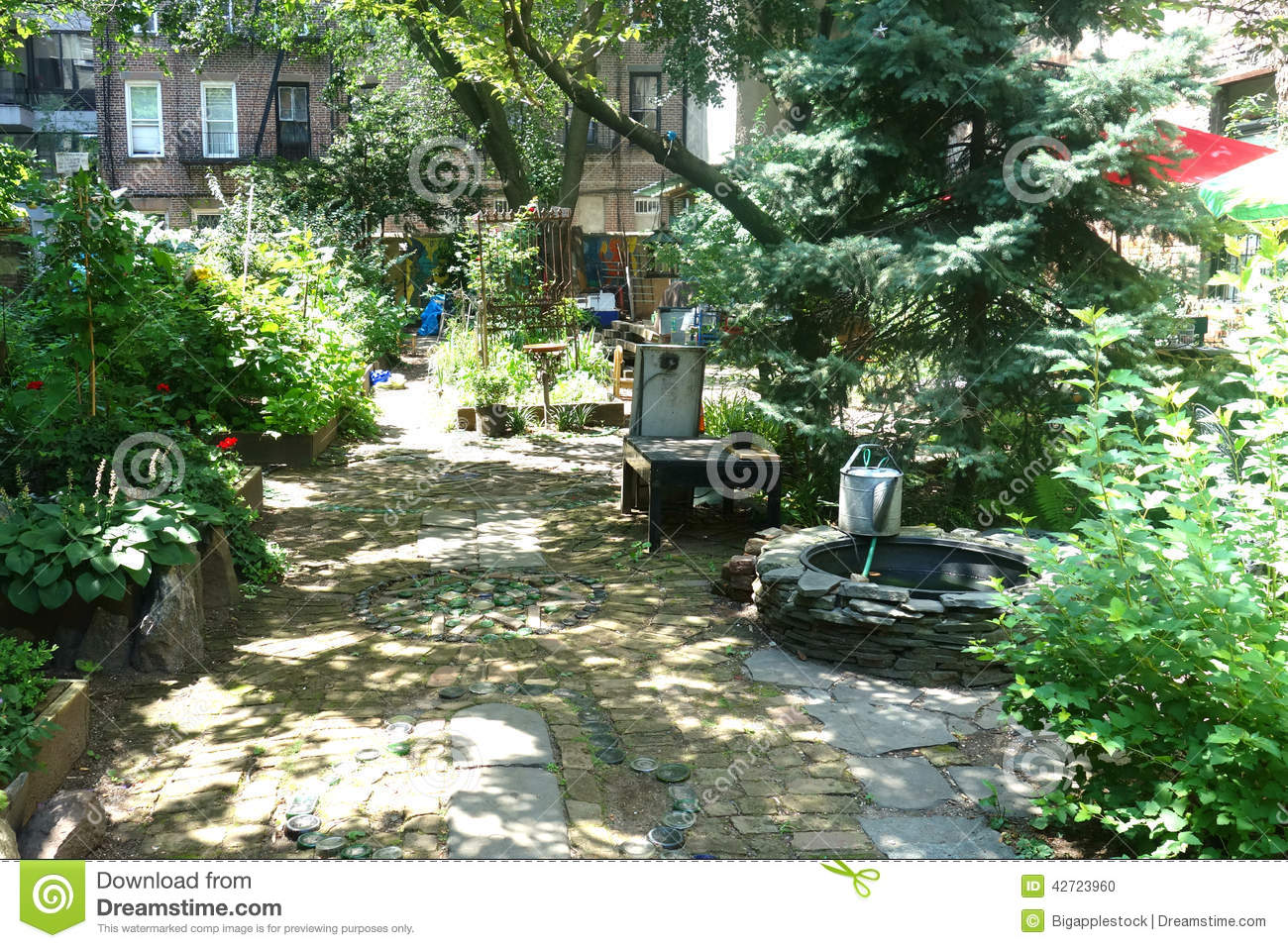 New York City Community Garden Editorial Image Image 42723960