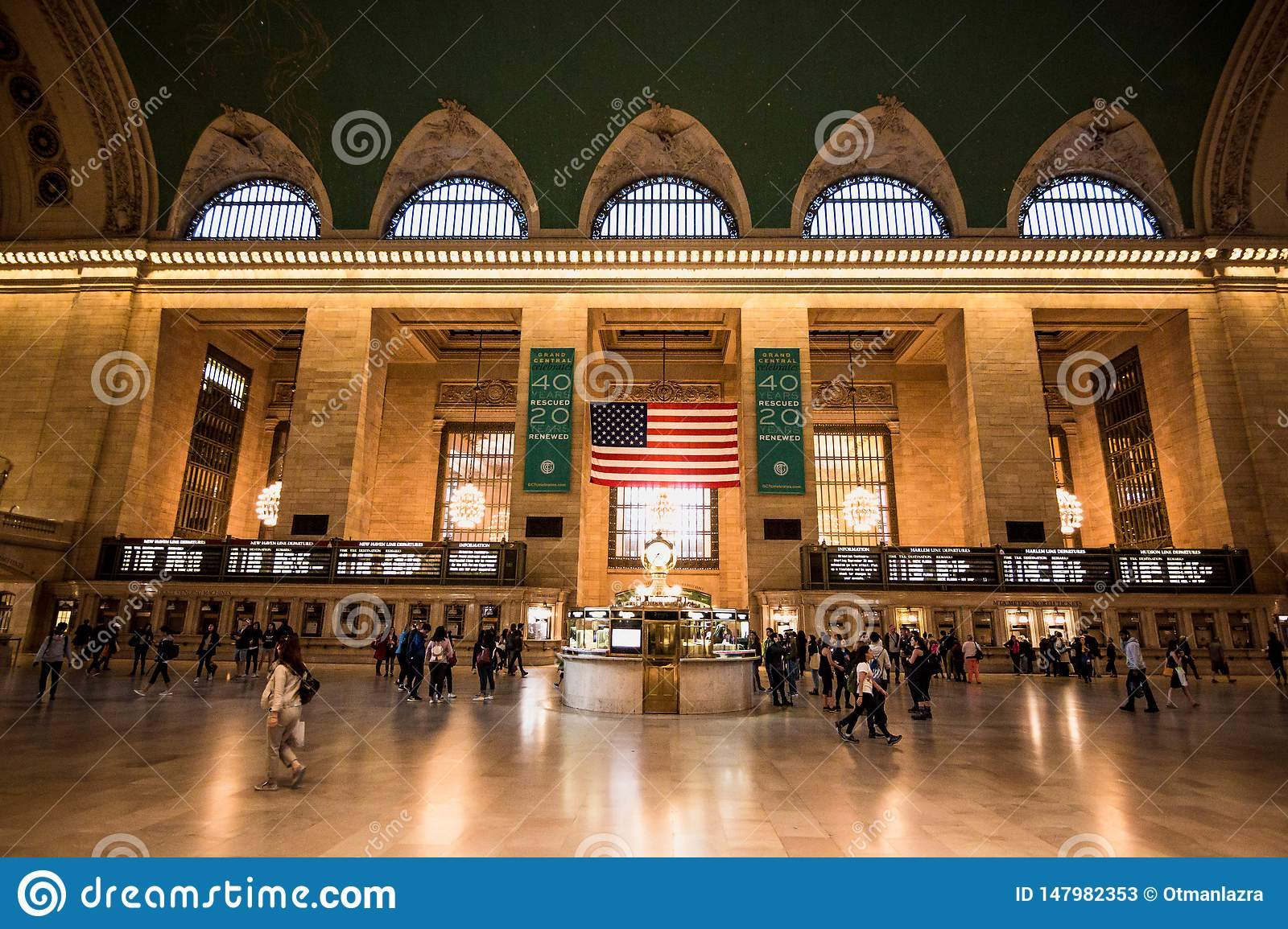 Commuters and tourists in the grand central station in New York