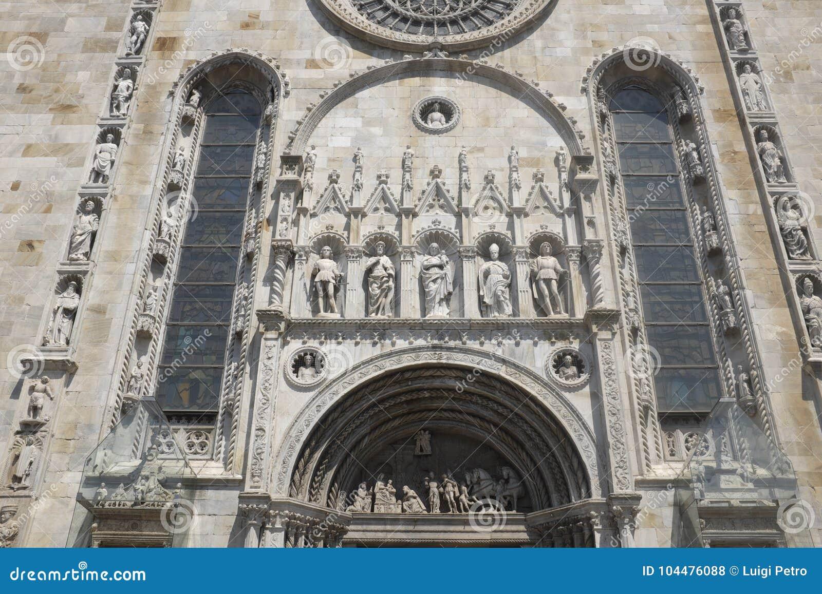 Como, dettagli del Cathderal Santa Maria Assunta