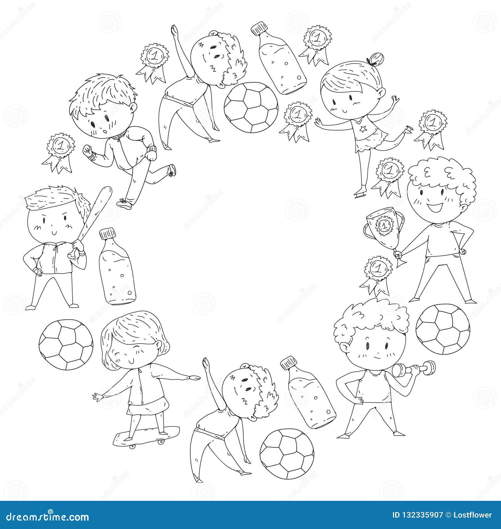 Compétitions sportives d enfants Jeunes atheles jouant au football, le football, base-ball, basket-ball Exécution de garçons et d