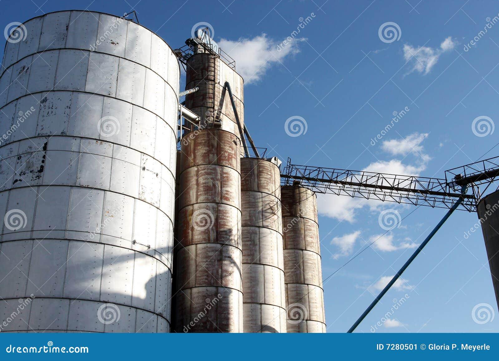 Compartimientos del elevador de grano