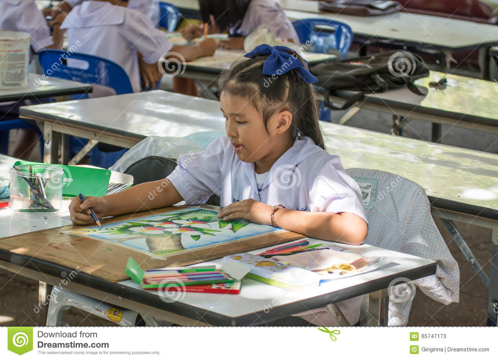 Competencia del dibujo del estudiante