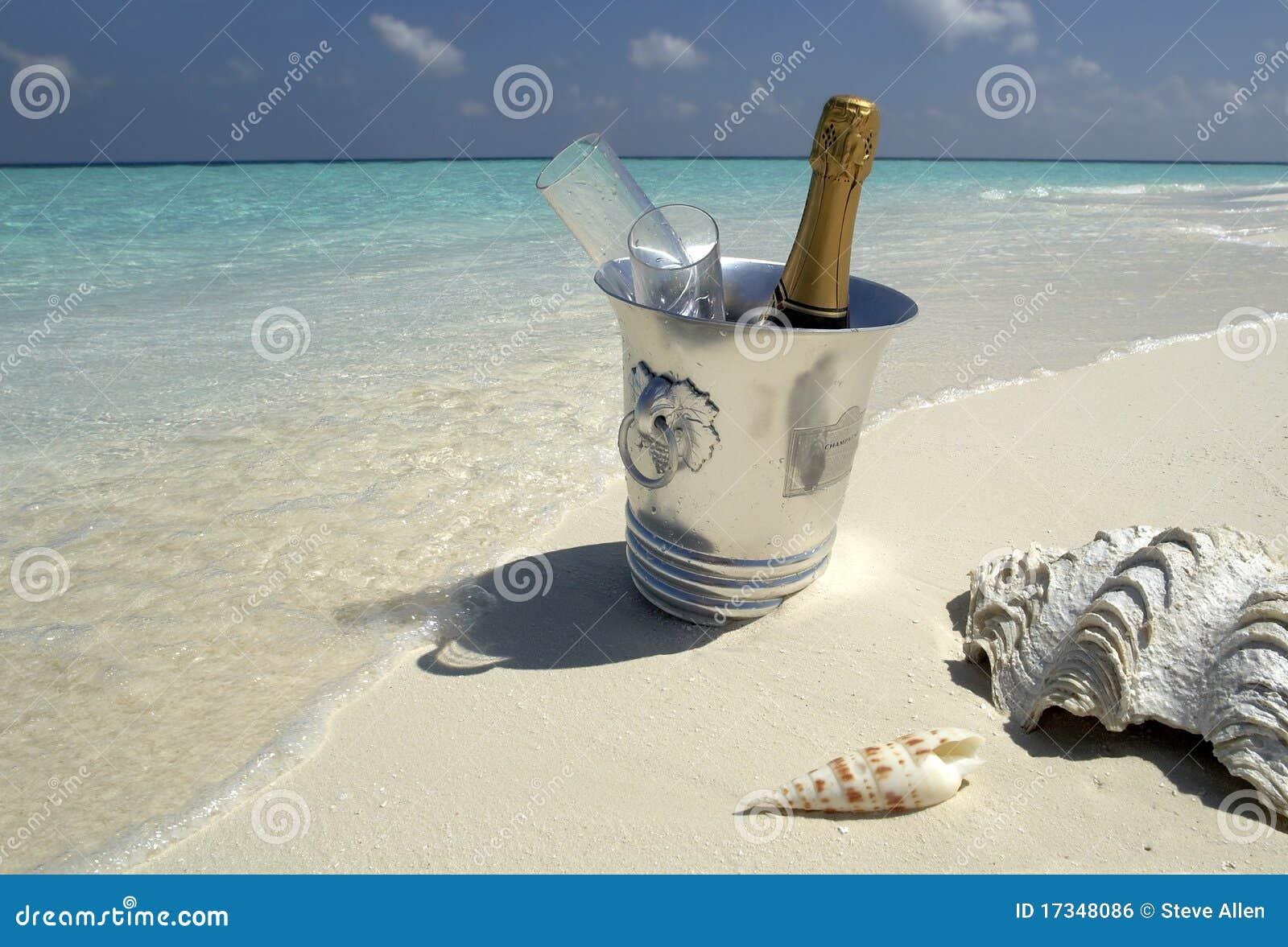 Complejo playero tropical de lujo en los Maldives