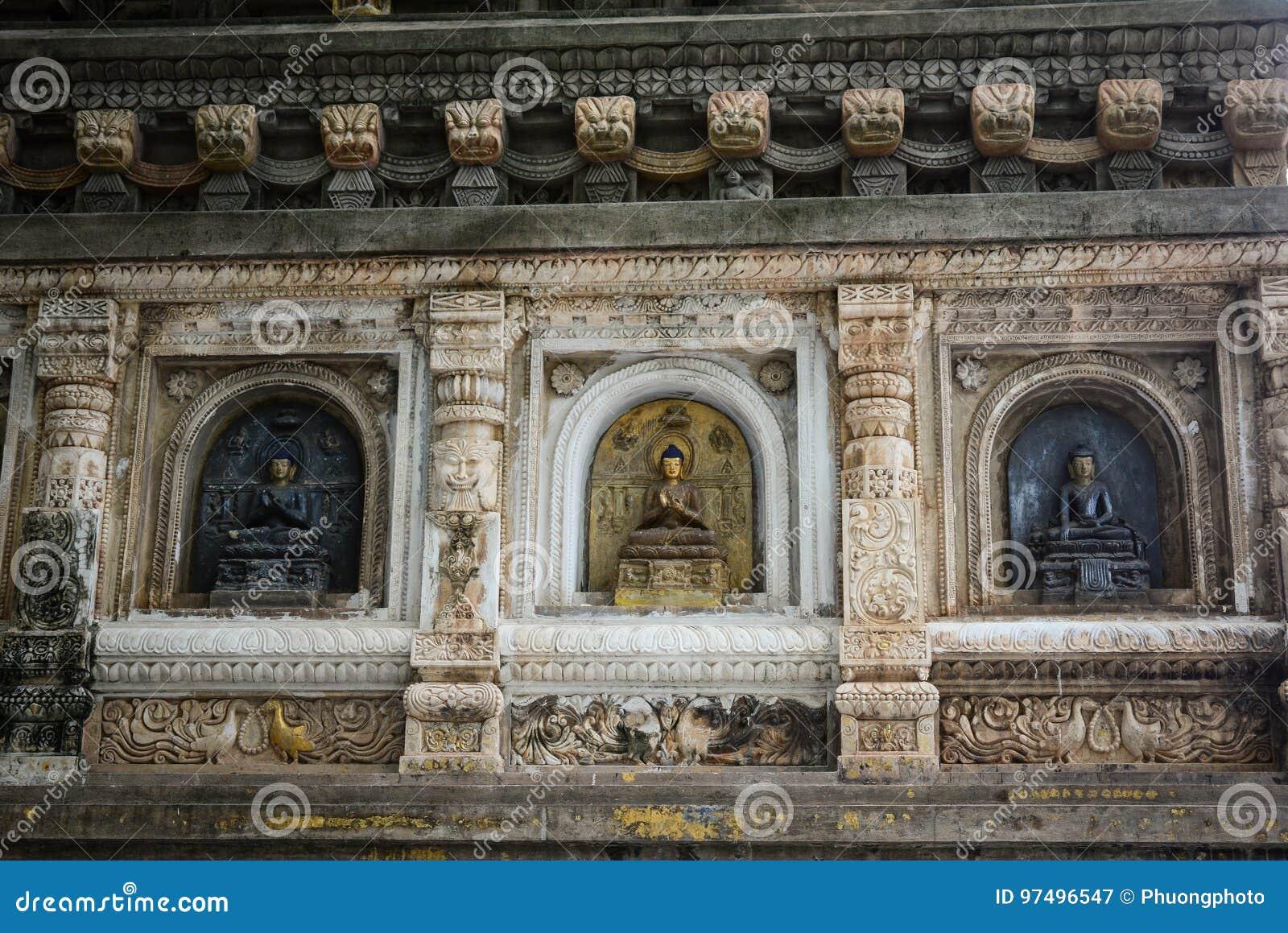 Complesso del tempio di Mahabodhi in Gaya, India
