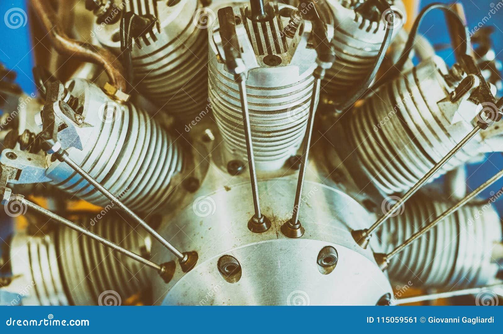 Componentes da eletrônica para o motor dos zangões