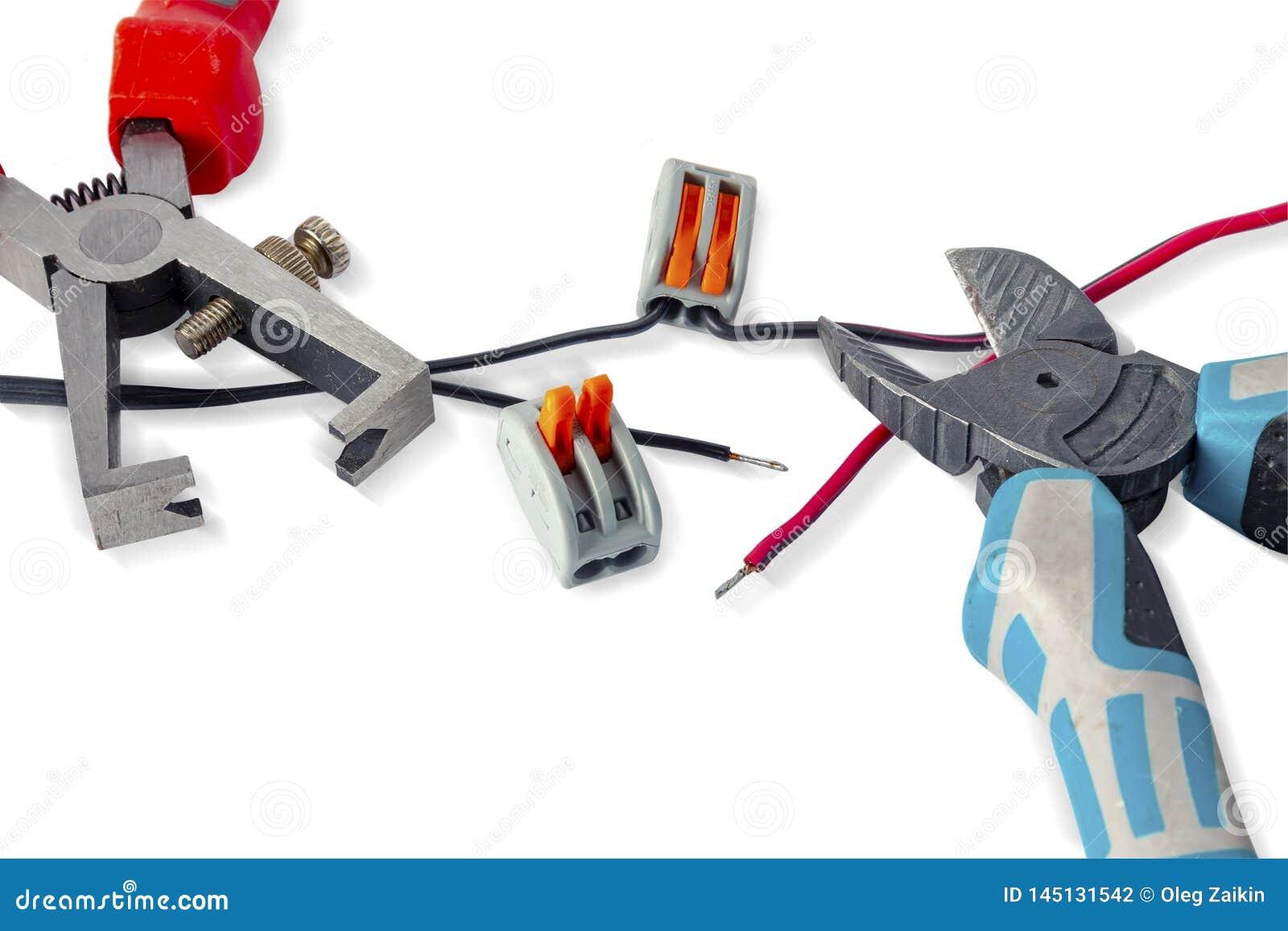 Componentes para o uso nas instala??es el?tricas Alicates cortados, conectores, guia Acess?rios para o trabalho de engenharia, co