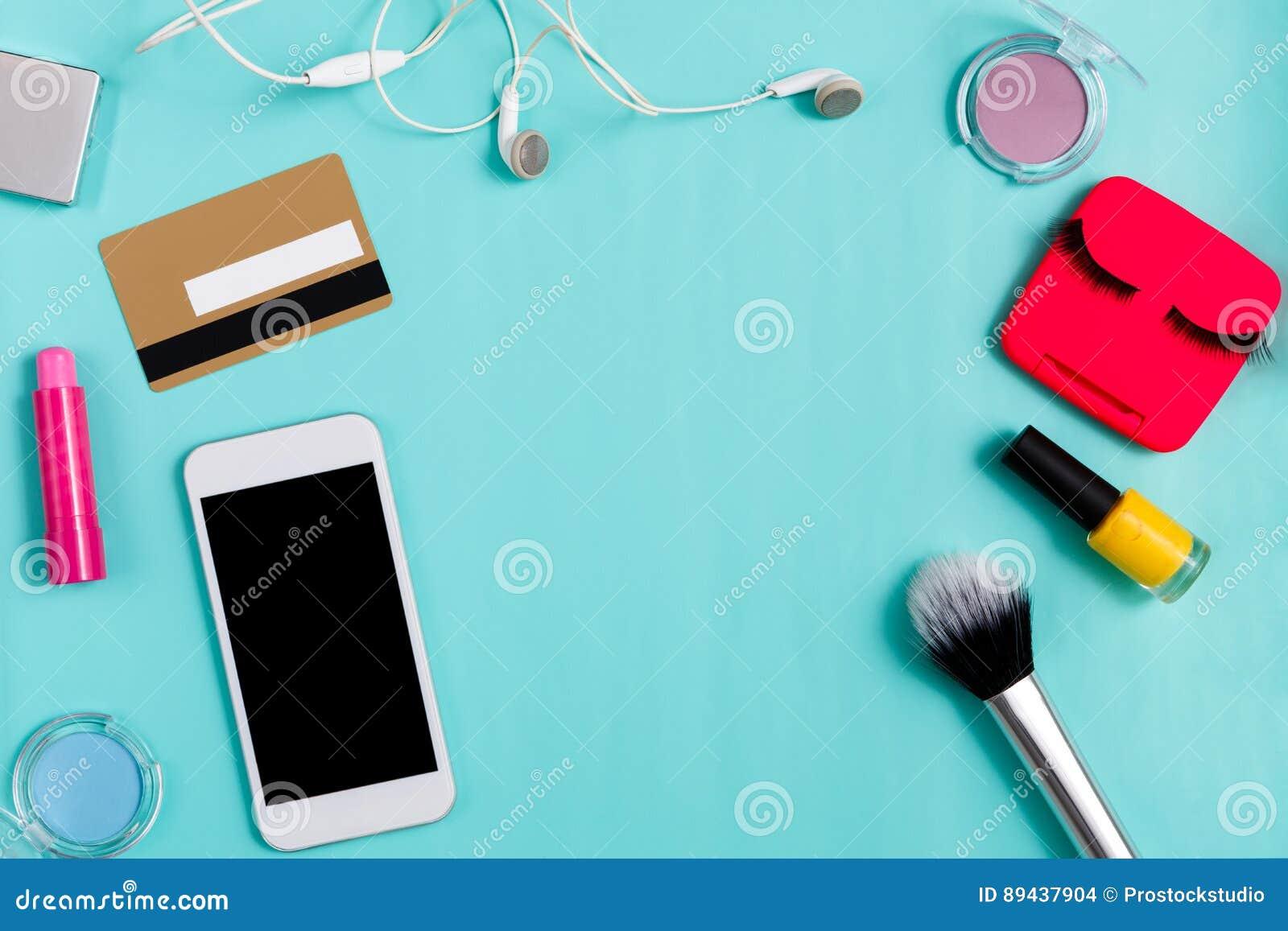 Compra em linha dos produtos de beleza, composição diária