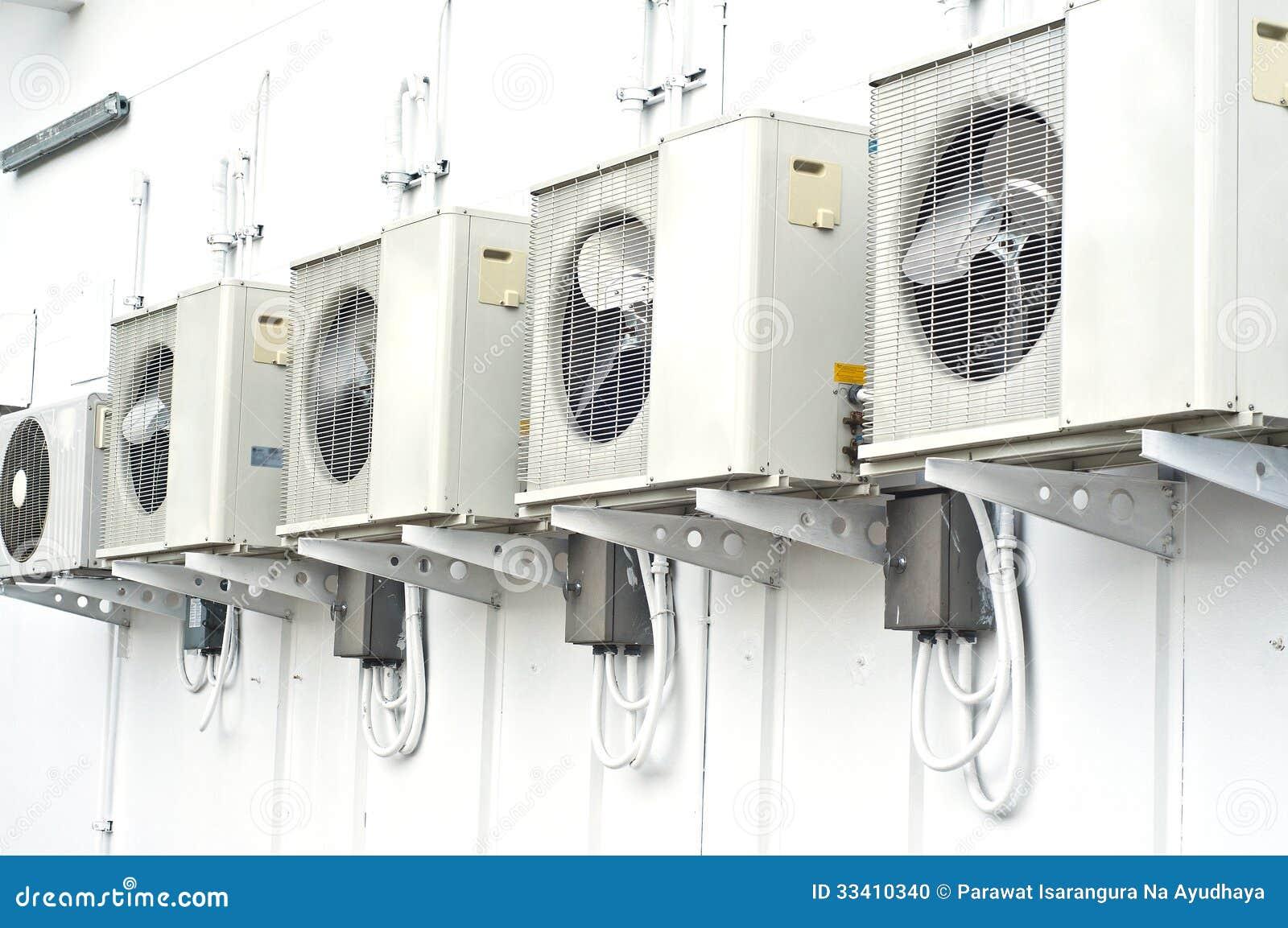 compresor de aire acondicionado. libre de derechos. download compresor del aire acondicionado. acondicionado