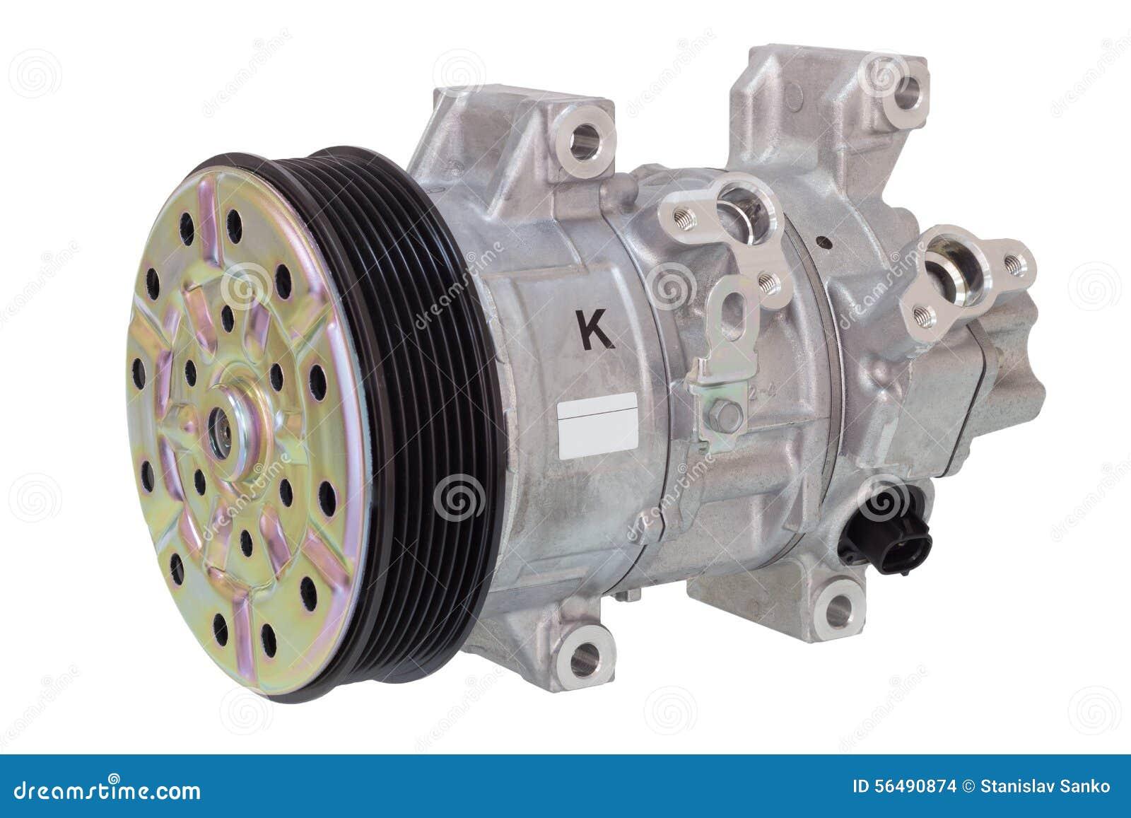Compressore automobilistico del condizionamento d aria su un bianco Componenti del motore