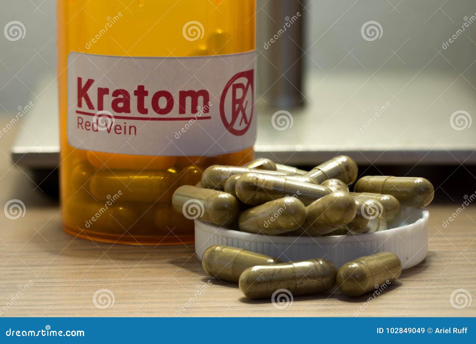 Comprimidos de Kratom em uma mesa