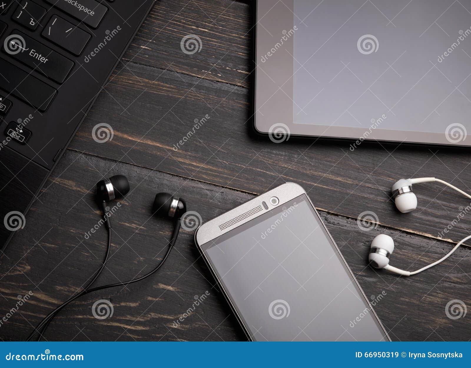 Computer portatile, Smart Phone, pc della compressa e cuffia avricolare