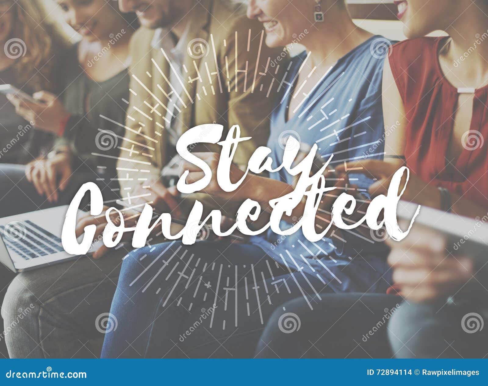 Conceito conectado estada do relacionamento do Internet da amizade
