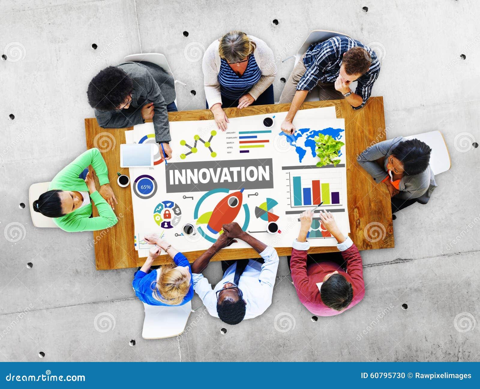 Conceito criativo do lançamento da aspiração da ideia da inovação