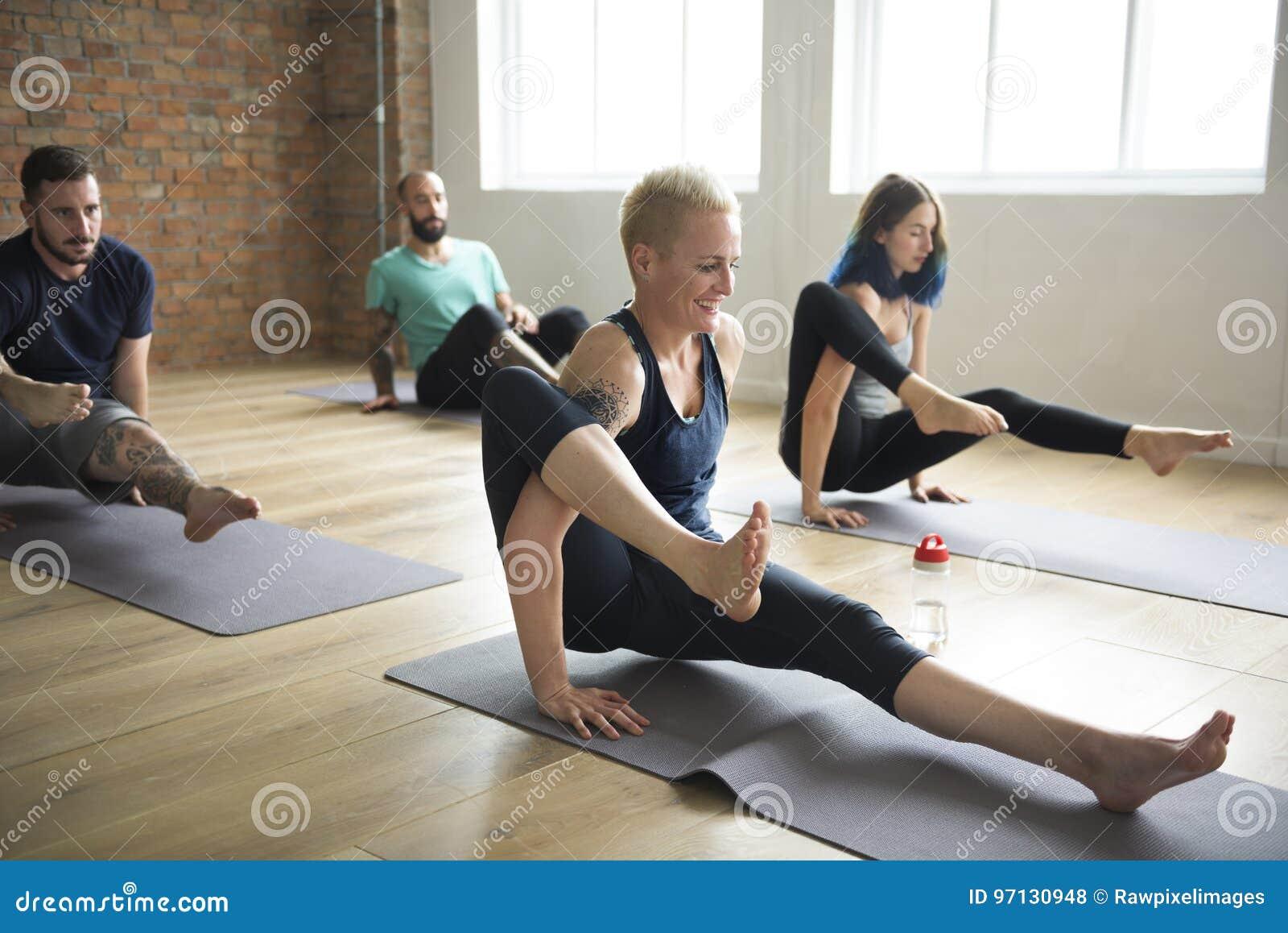 Conceito da classe do exercício de prática da ioga