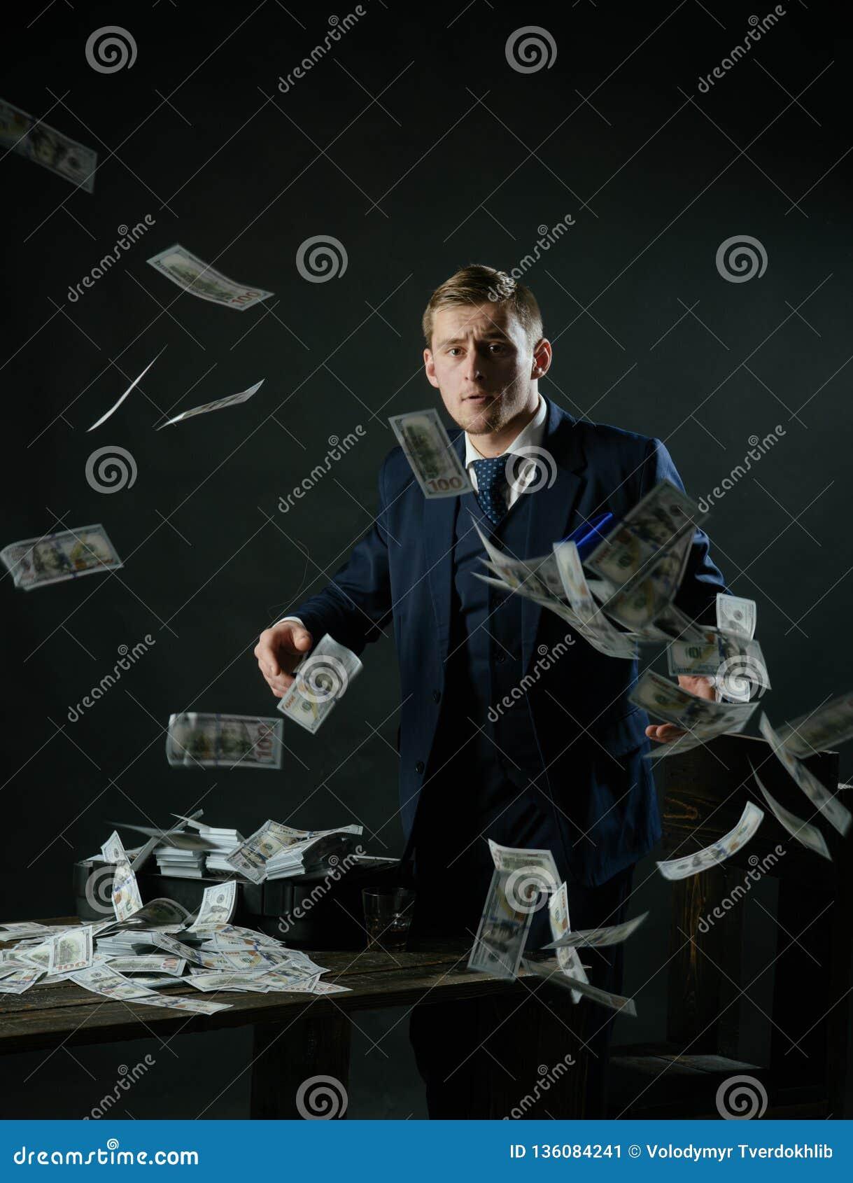 Conceito da empresa de pequeno porte Trabalho do homem de negócios no escritório do contador Economia e finança Guarda-livros do