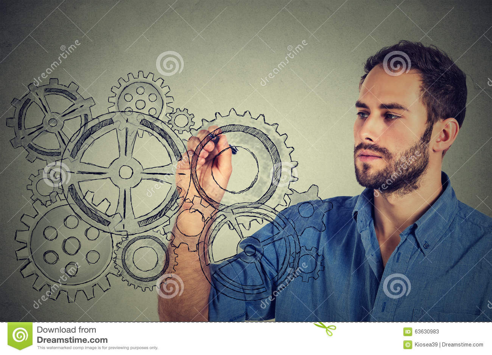Conceito da faculdade criadora das engrenagens e das ideias Engrenagens do desenho do homem novo com pena