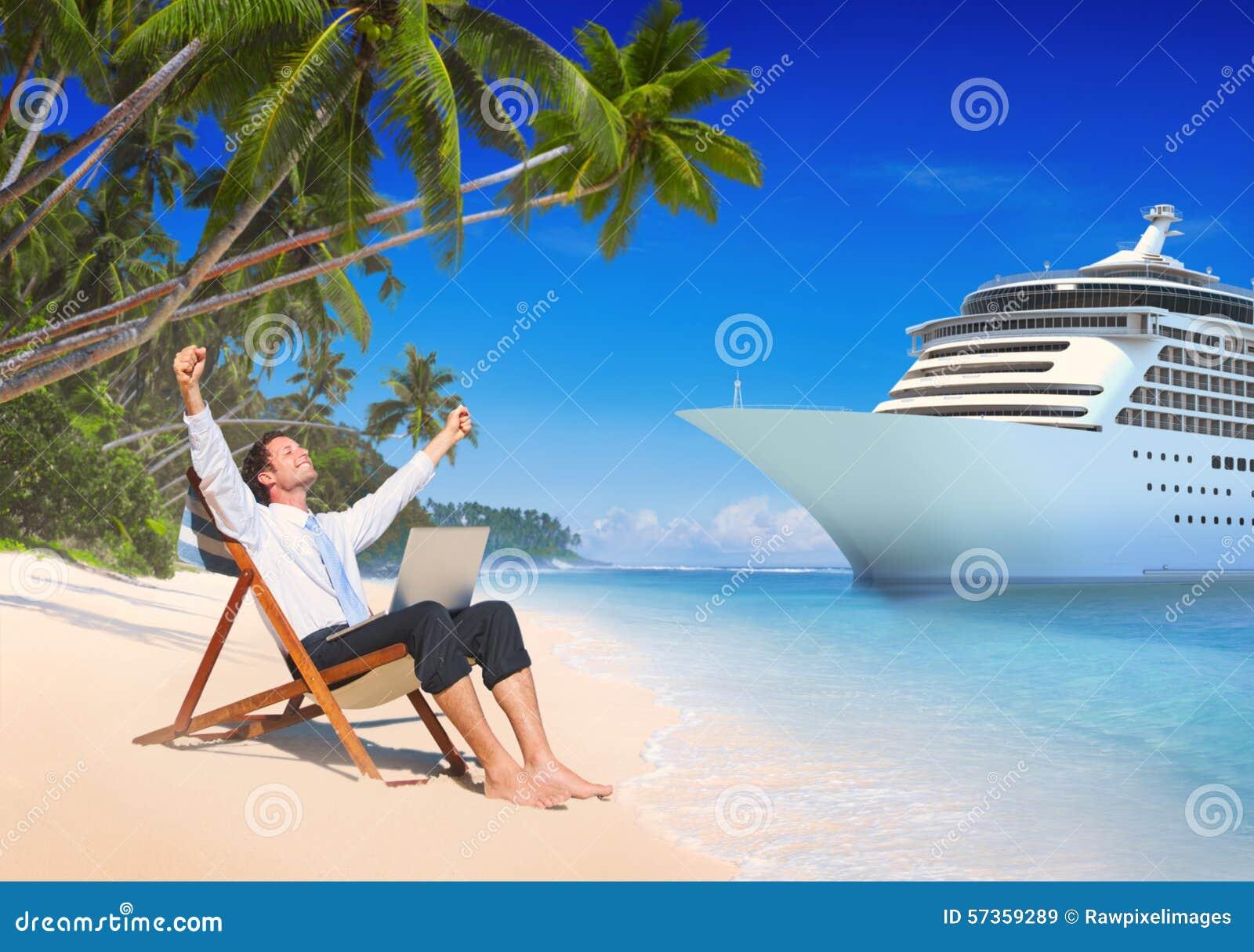 Conceito da praia de Relaxation Vacation Outdoors do homem de negócios