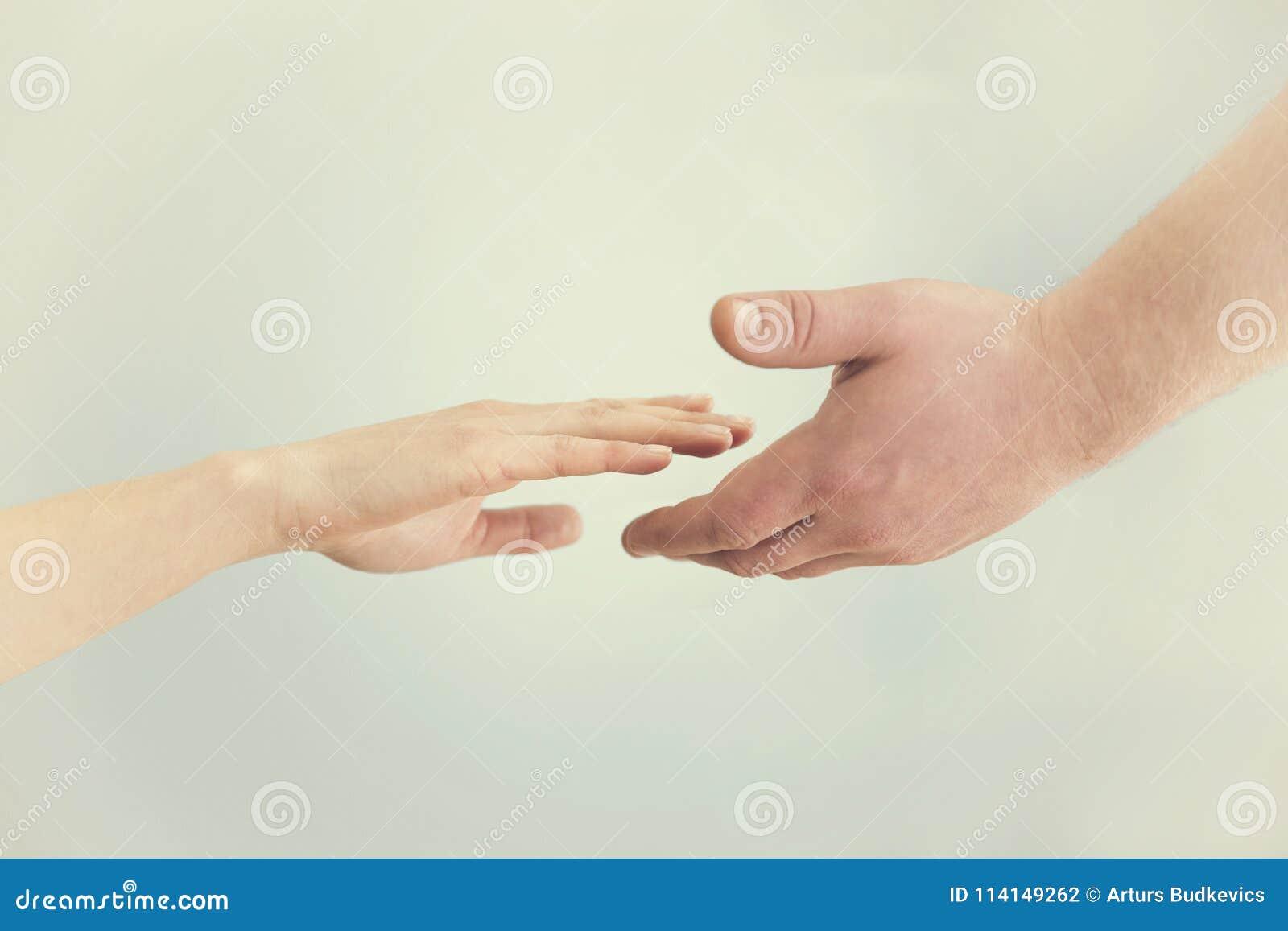 Conceito da sustentação Duas mãos que alcançam para se Empatia,