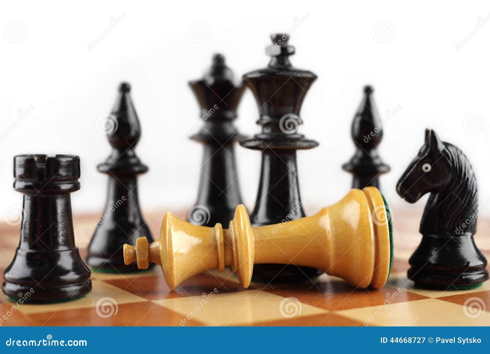 Conceito da xadrez Rei do branco do Checkmate