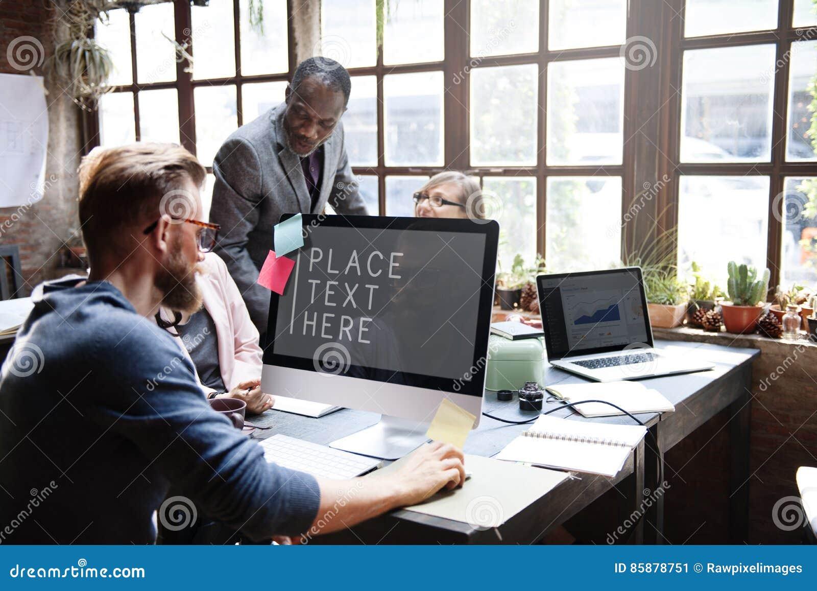 Conceito das ideias dos trabalhos de equipa da conferência dos colegas do negócio