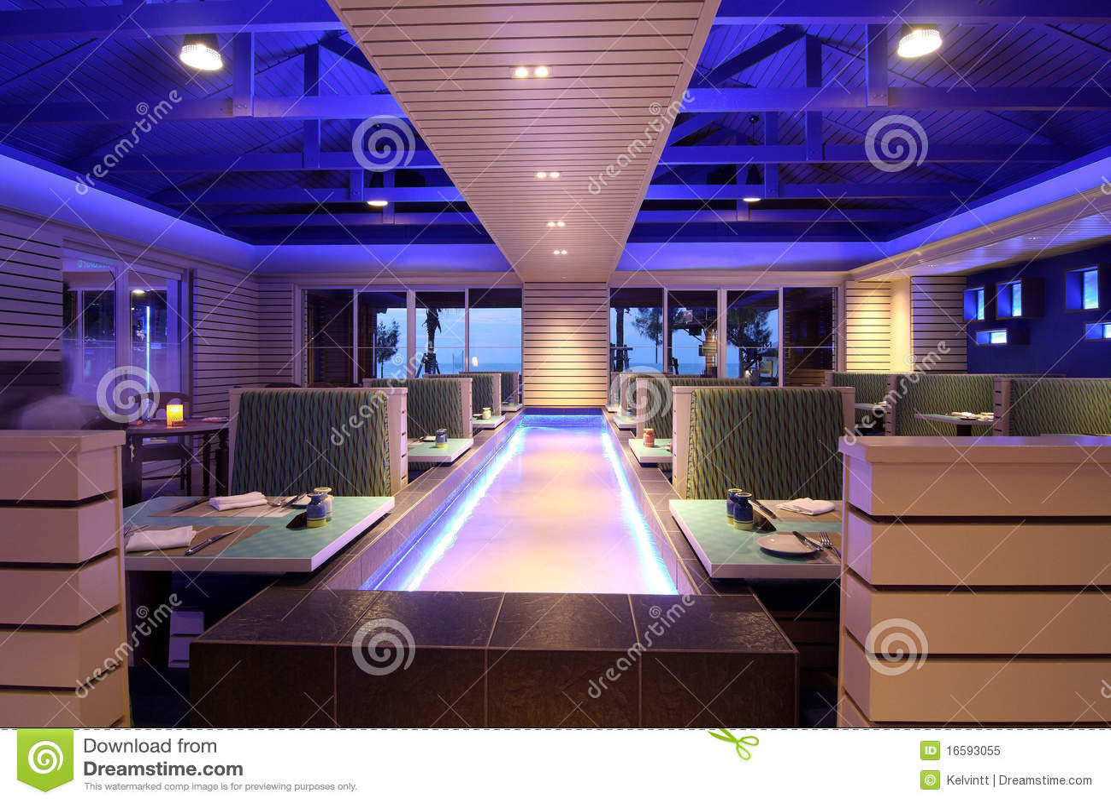 Conceito De Jantar Moderno Do Restaurante Foto De Stock