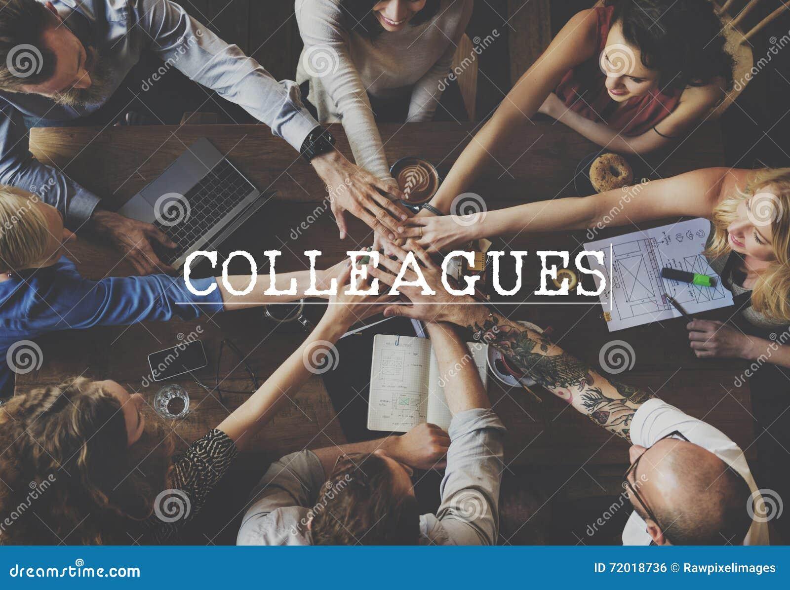 Conceito do relacionamento de parceria do apoio dos trabalhos de equipa dos colegas