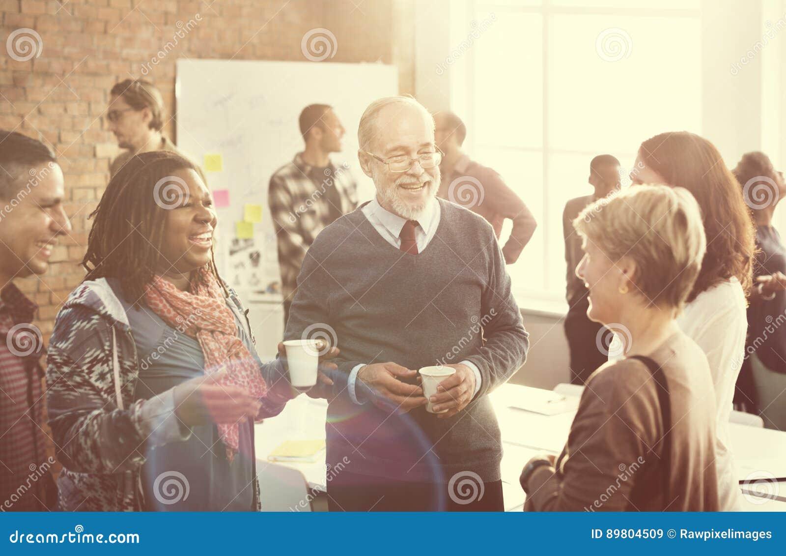Conceito dos trabalhos de equipa da organização do corporaçõ de negócio